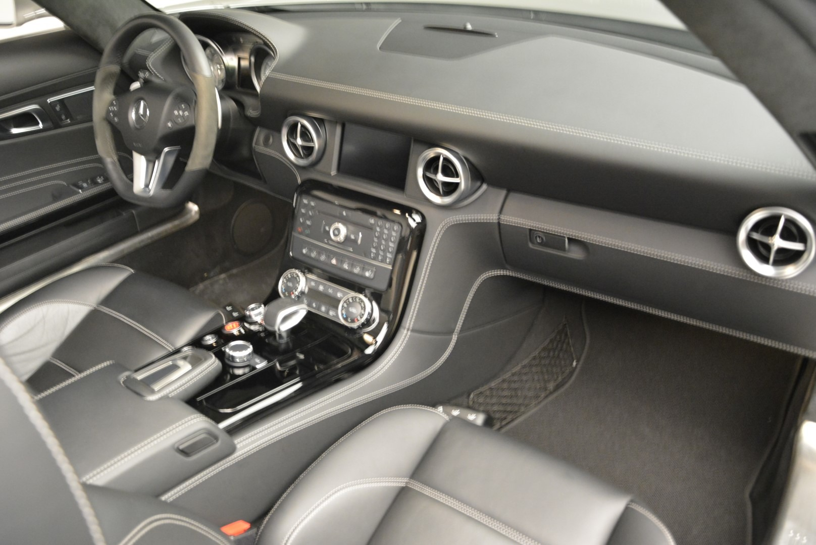 Used 2012 Mercedes-Benz SLS AMG  For Sale In Greenwich, CT 2068_p26