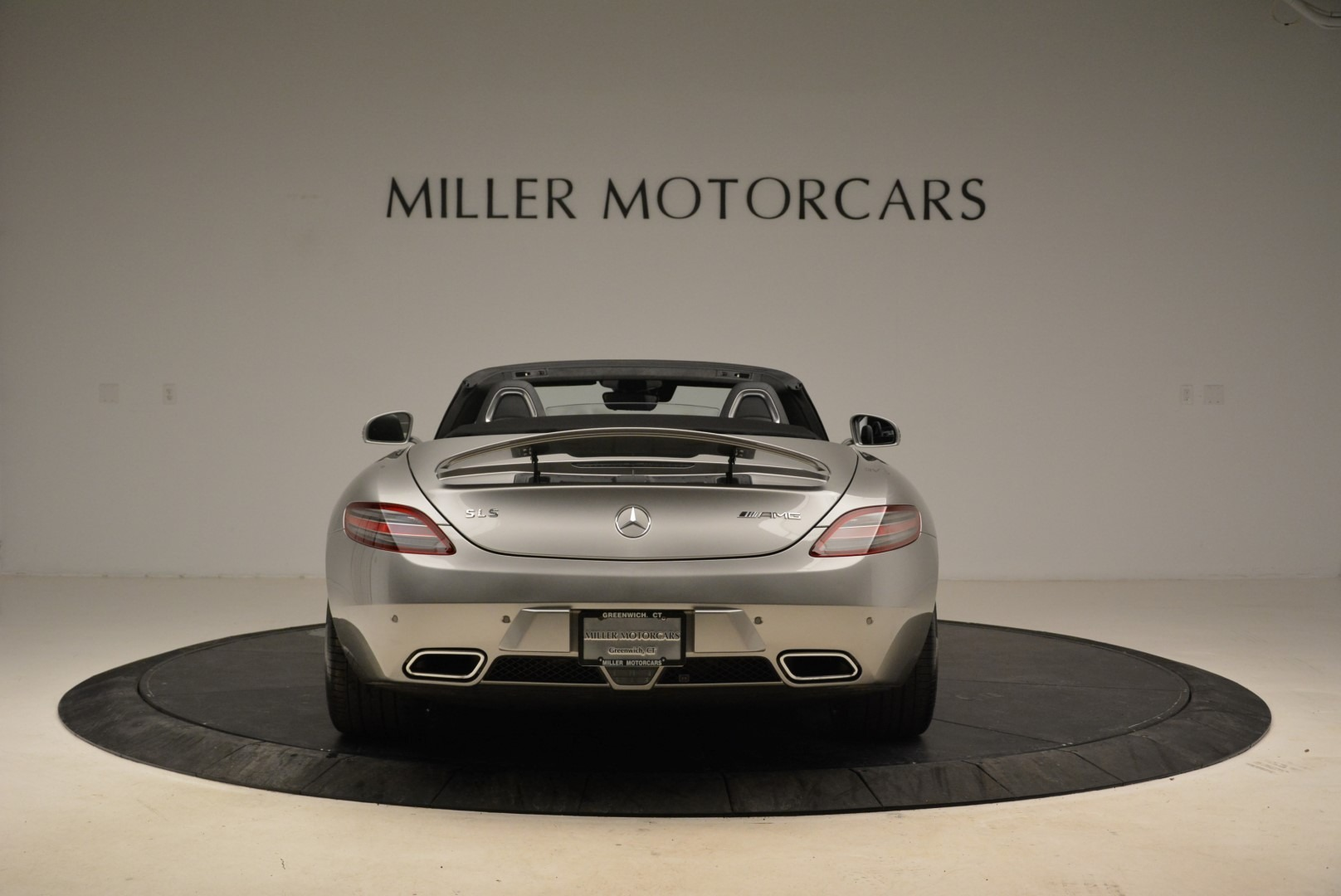 Used 2012 Mercedes-Benz SLS AMG  For Sale In Greenwich, CT 2068_p6
