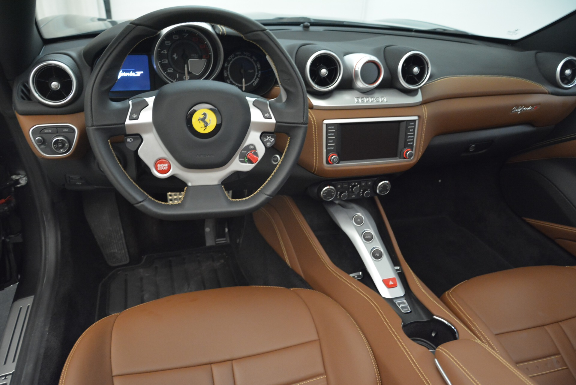 Used 2016 Ferrari California T  For Sale In Greenwich, CT 2069_p27