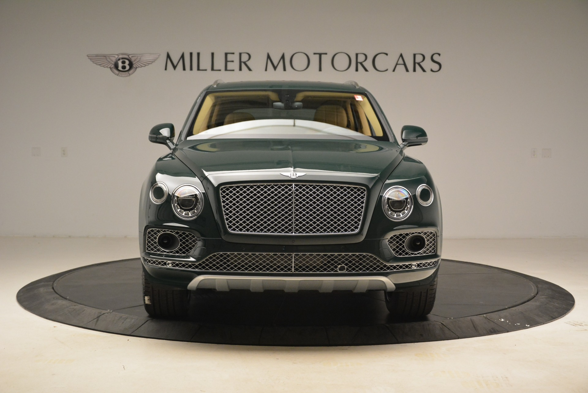 New 2018 Bentley Bentayga Signature For Sale In Greenwich, CT 2072_p12