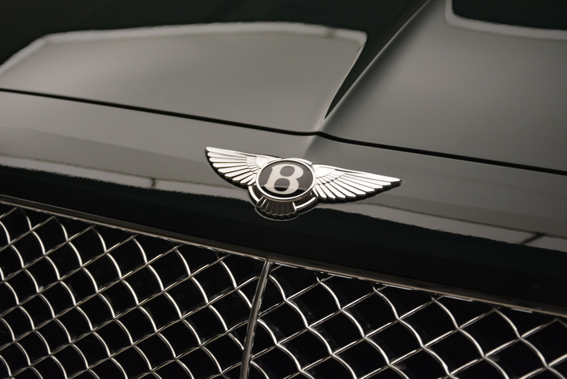 New 2018 Bentley Bentayga Signature For Sale In Greenwich, CT 2072_p15
