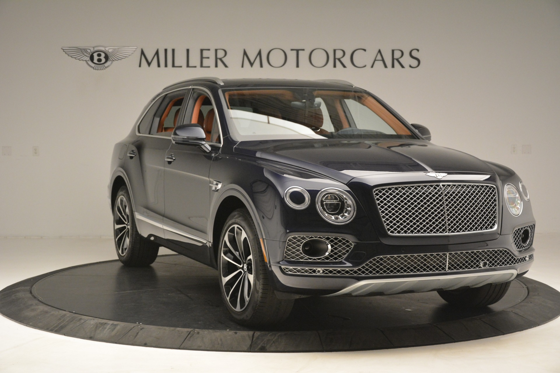 Used 2018 Bentley Bentayga Signature For Sale In Greenwich, CT 2076_p12