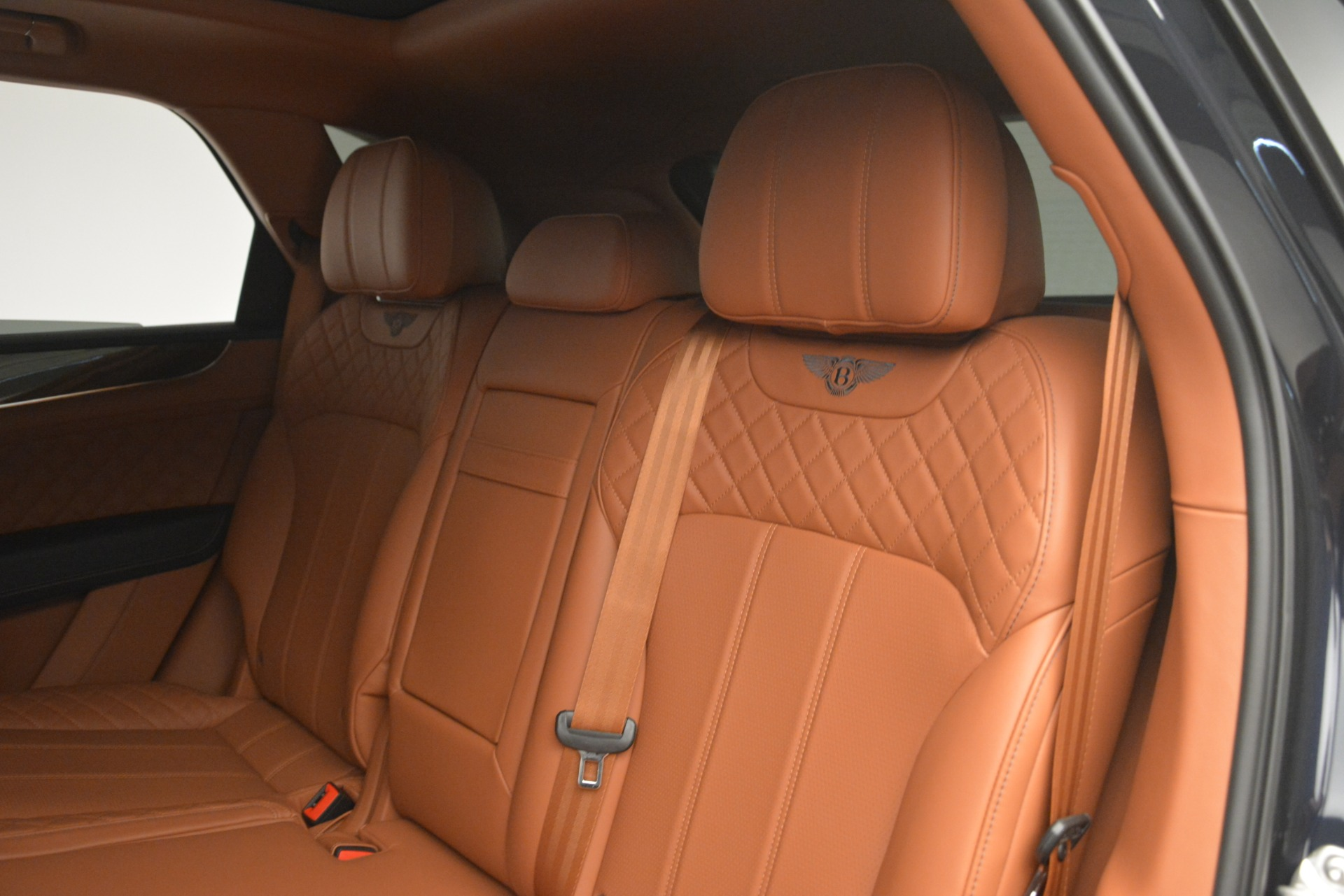 Used 2018 Bentley Bentayga Signature For Sale In Greenwich, CT 2076_p24