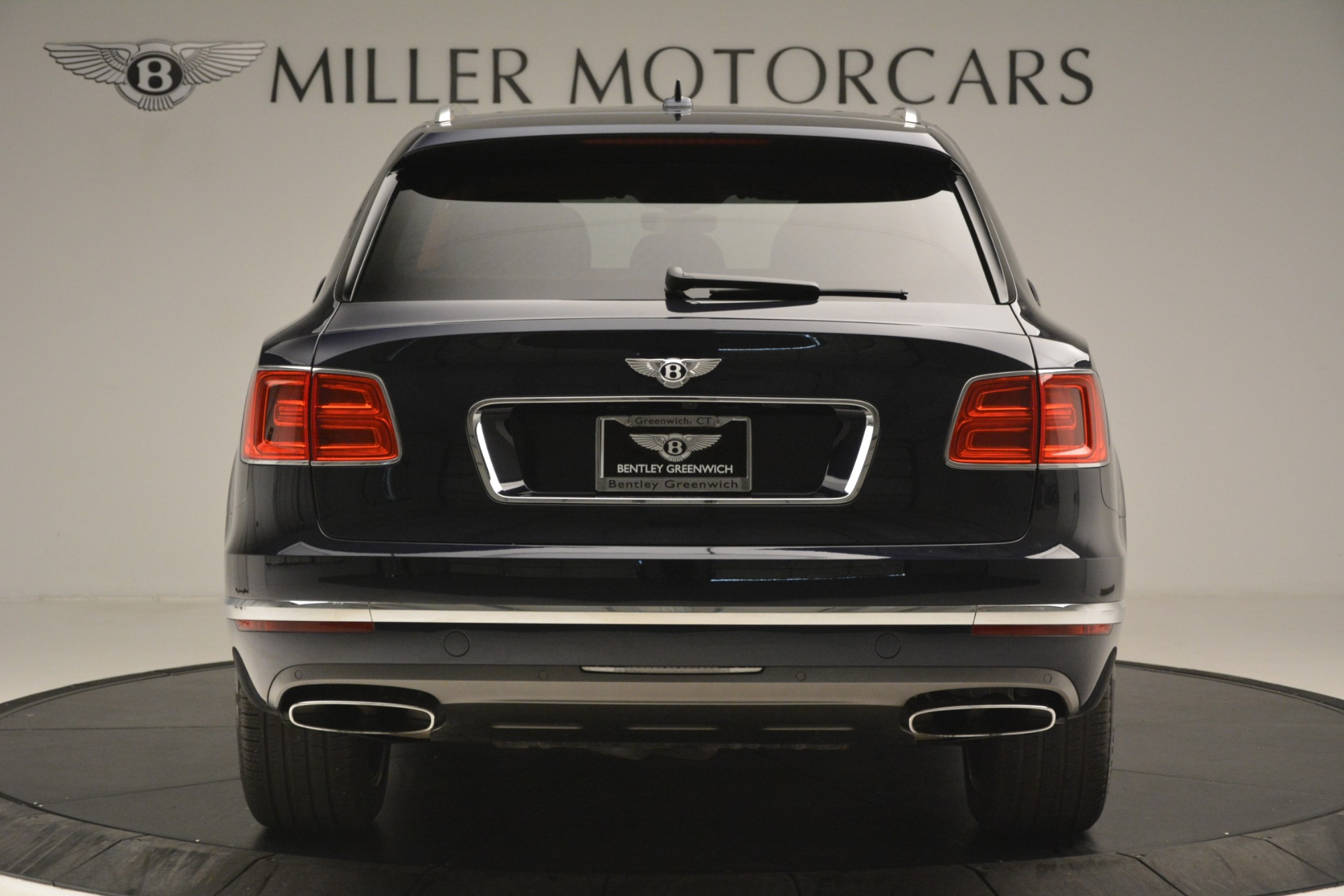 Used 2018 Bentley Bentayga Signature For Sale In Greenwich, CT 2076_p7