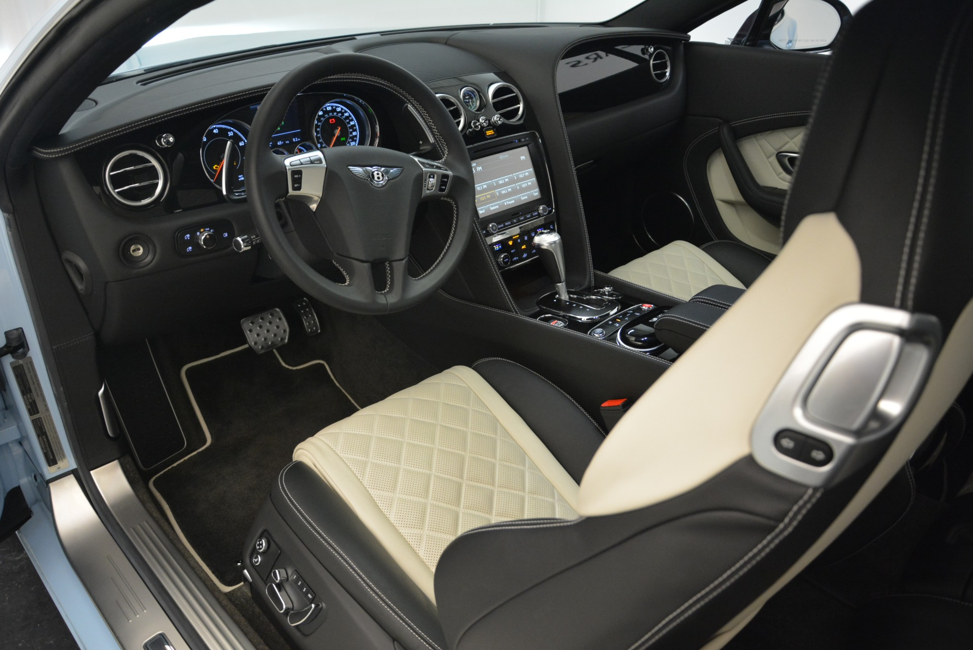 Used 2016 Bentley Continental GT V8 S For Sale In Greenwich, CT 2077_p20