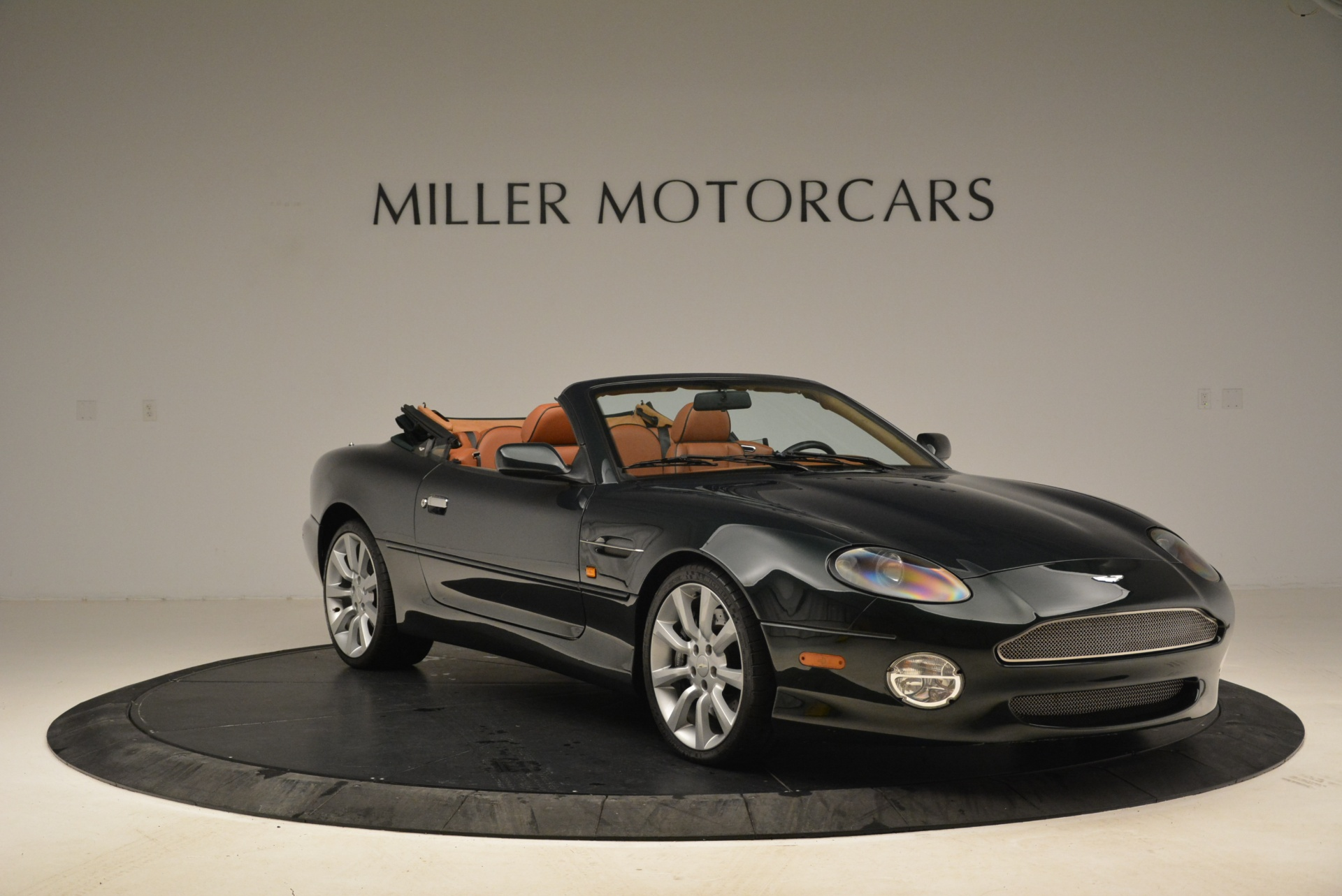 Used 2003 Aston Martin DB7 Vantage Volante For Sale In Greenwich, CT 2084_p11