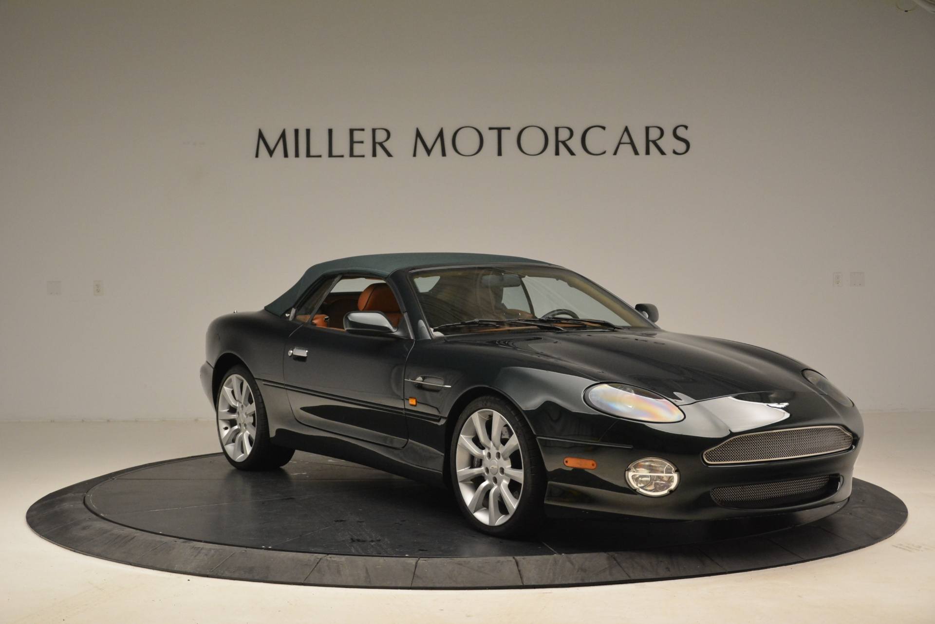 Used 2003 Aston Martin DB7 Vantage Volante For Sale In Greenwich, CT 2084_p13