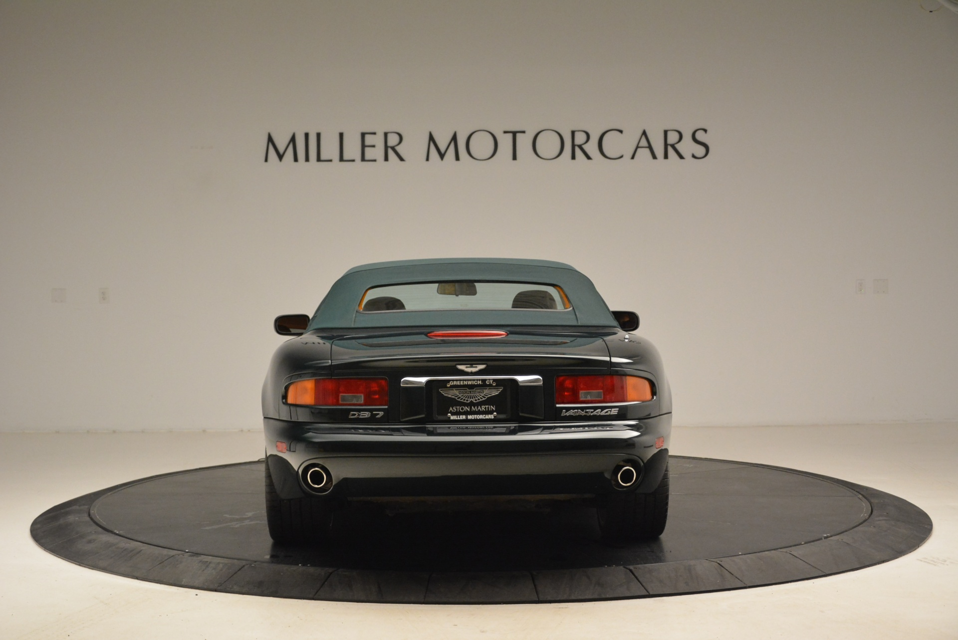 Used 2003 Aston Martin DB7 Vantage Volante For Sale In Greenwich, CT 2084_p18