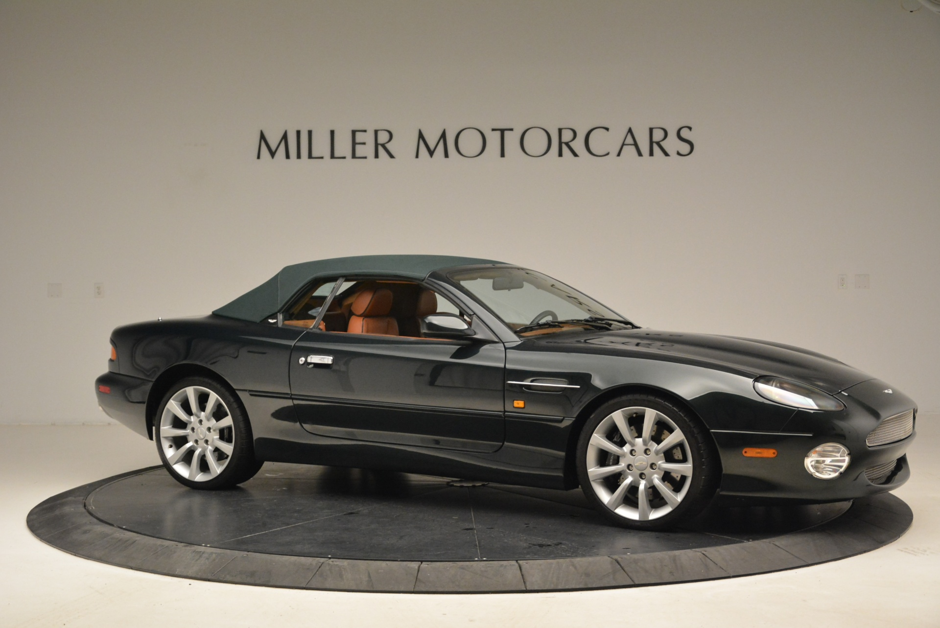 Used 2003 Aston Martin DB7 Vantage Volante For Sale In Greenwich, CT 2084_p22