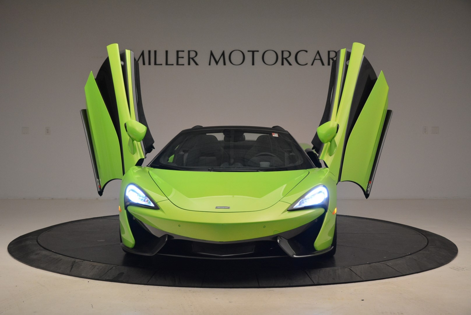New 2018 McLaren 570S Spider For Sale In Greenwich, CT 2087_p13
