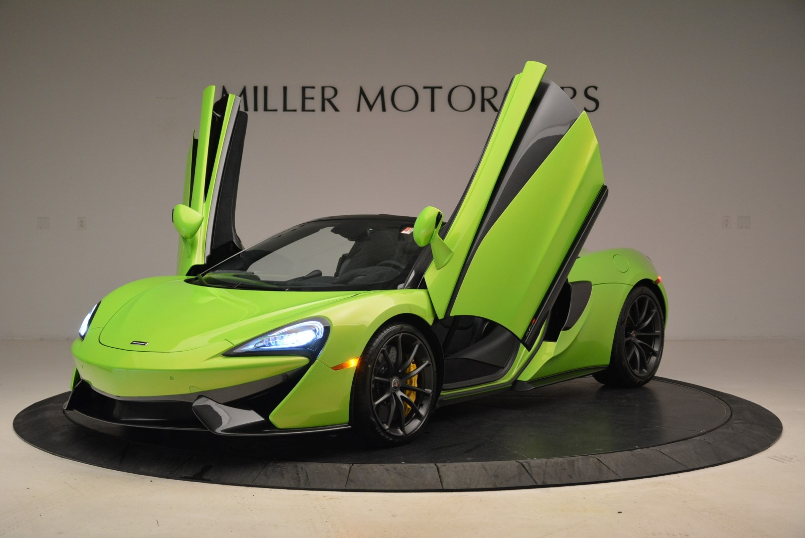 New 2018 McLaren 570S Spider For Sale In Greenwich, CT 2087_p14