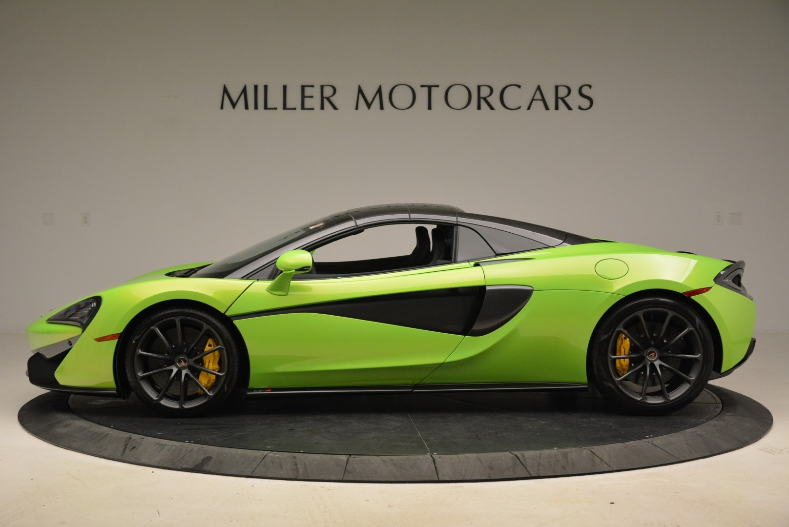 New 2018 McLaren 570S Spider For Sale In Greenwich, CT 2087_p16