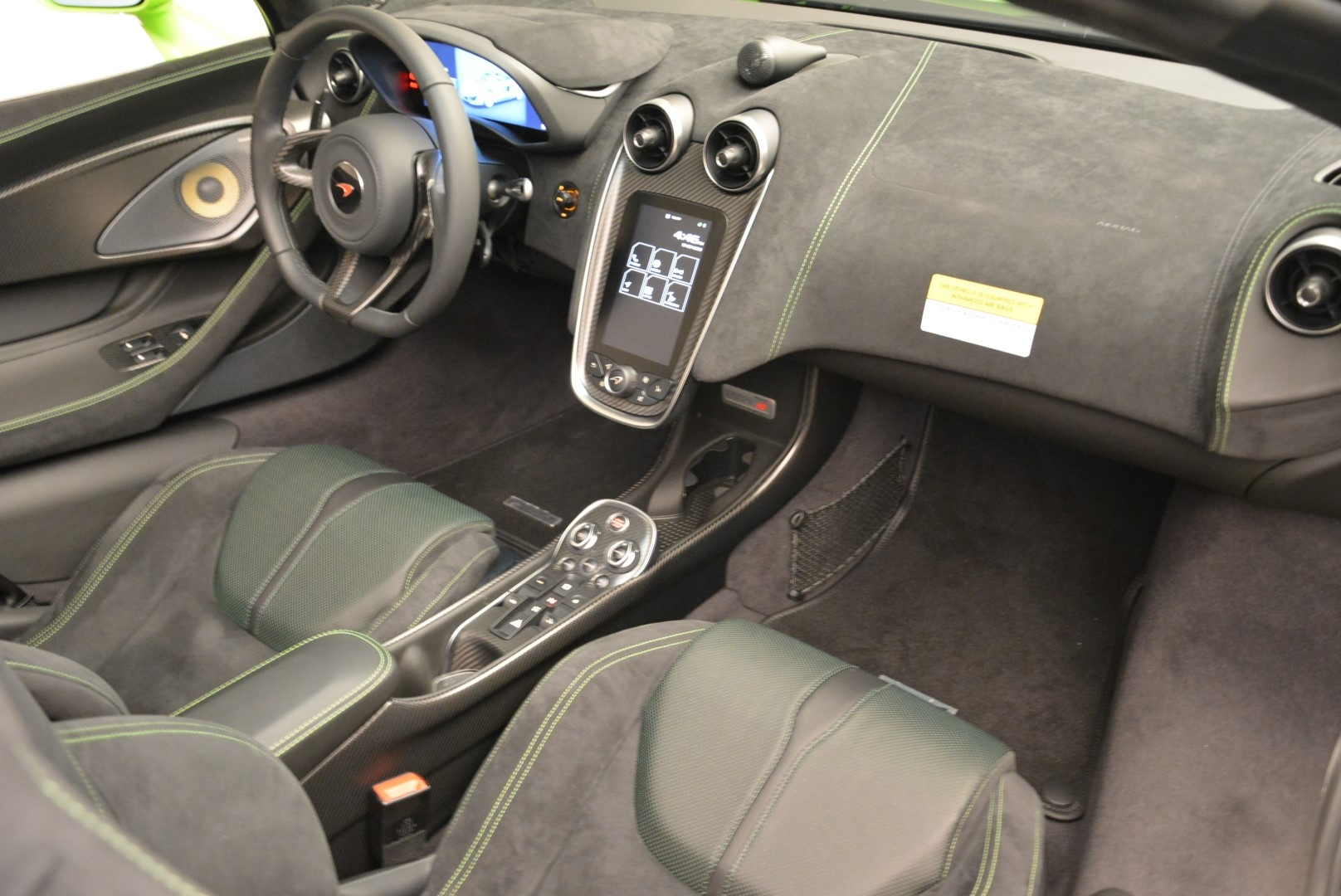 New 2018 McLaren 570S Spider For Sale In Greenwich, CT 2087_p29
