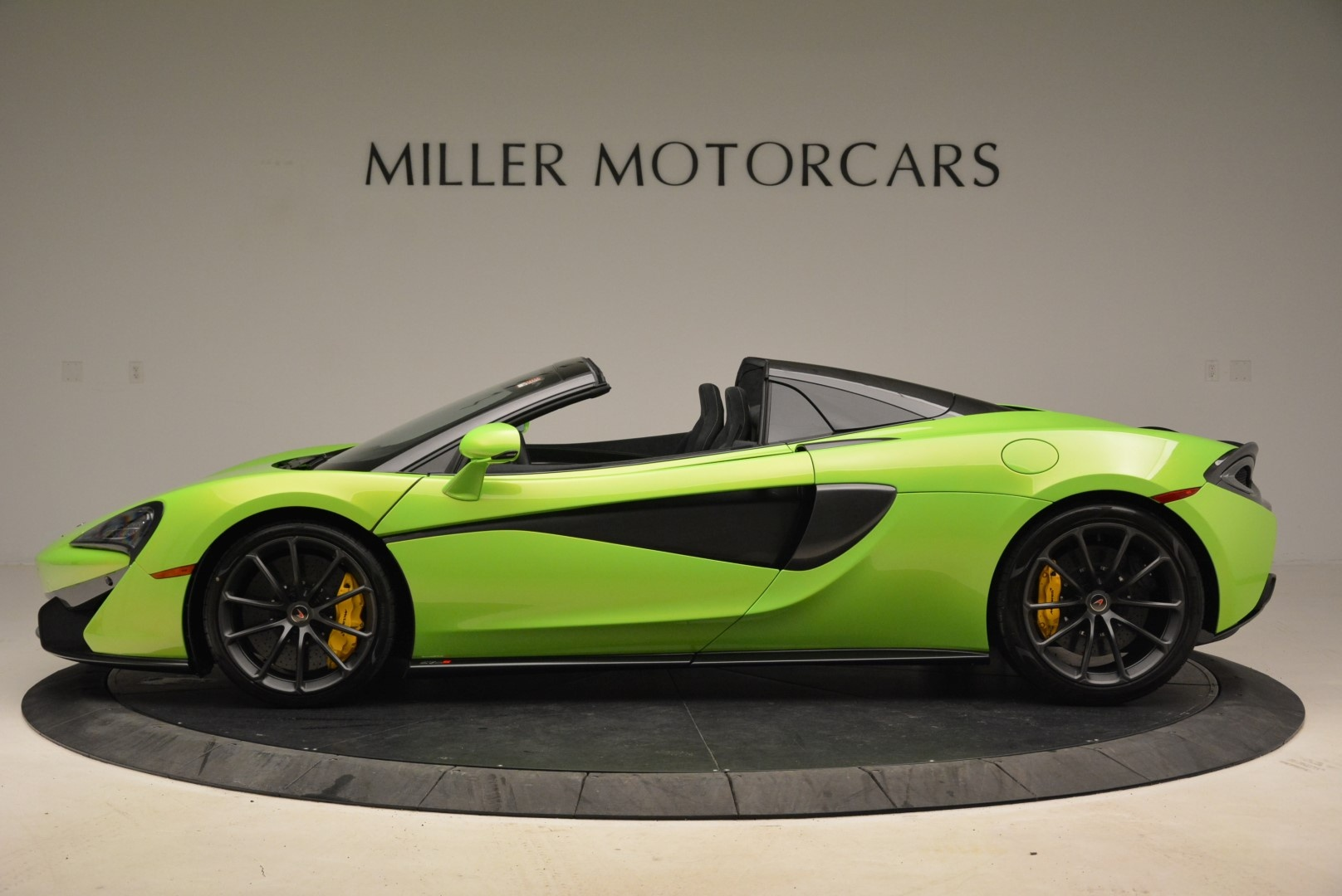 New 2018 McLaren 570S Spider For Sale In Greenwich, CT 2087_p3