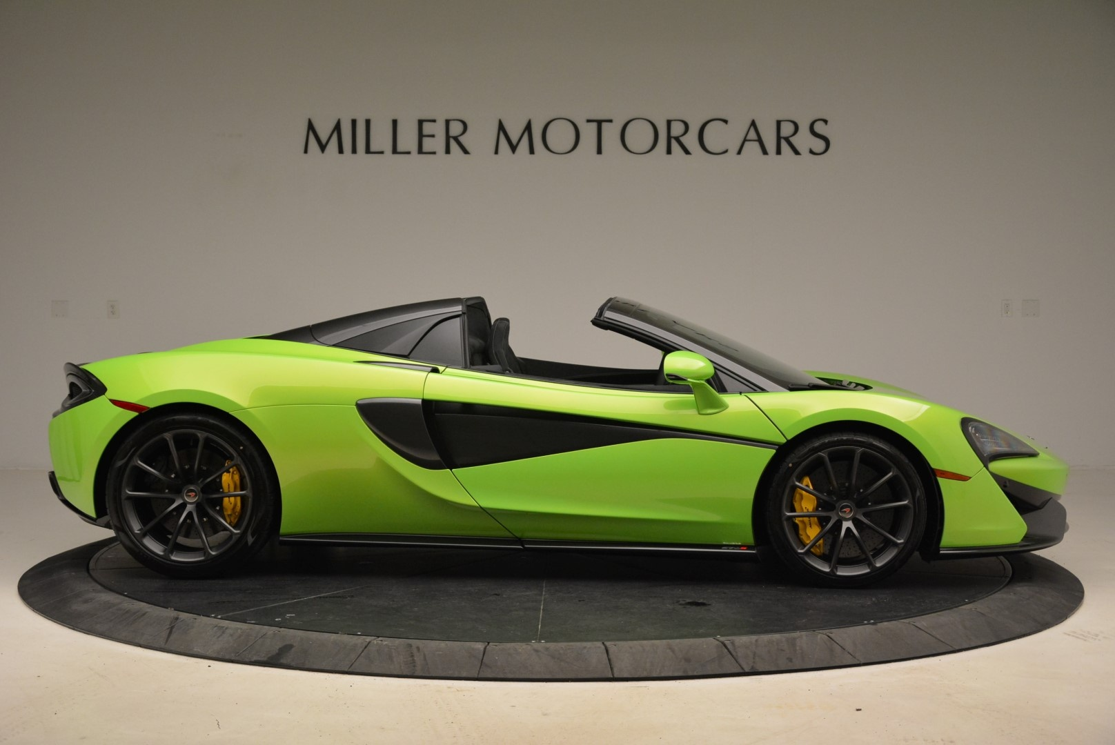 New 2018 McLaren 570S Spider For Sale In Greenwich, CT 2087_p9