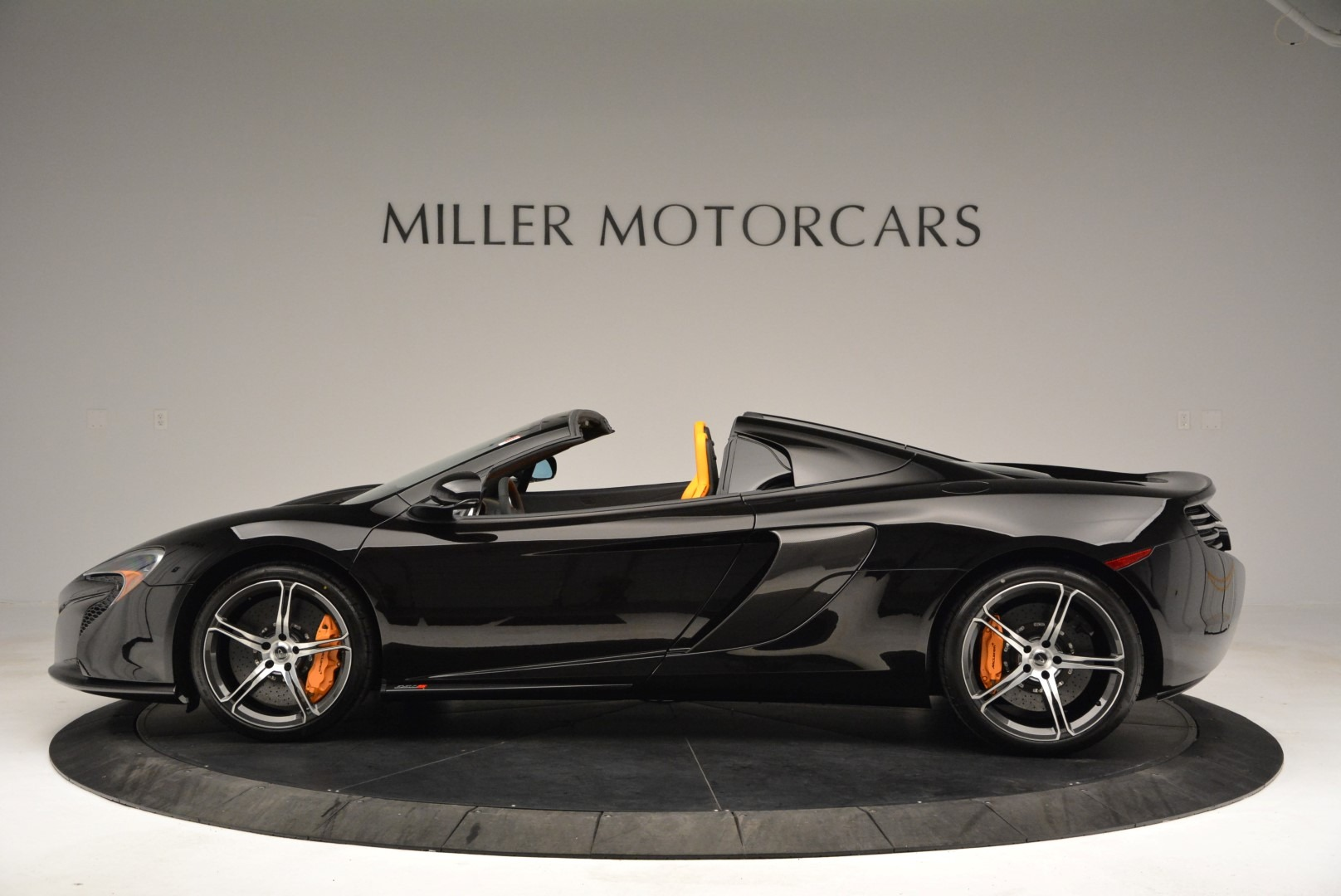 Used 2015 McLaren 650S Spider For Sale In Greenwich, CT 2089_p3
