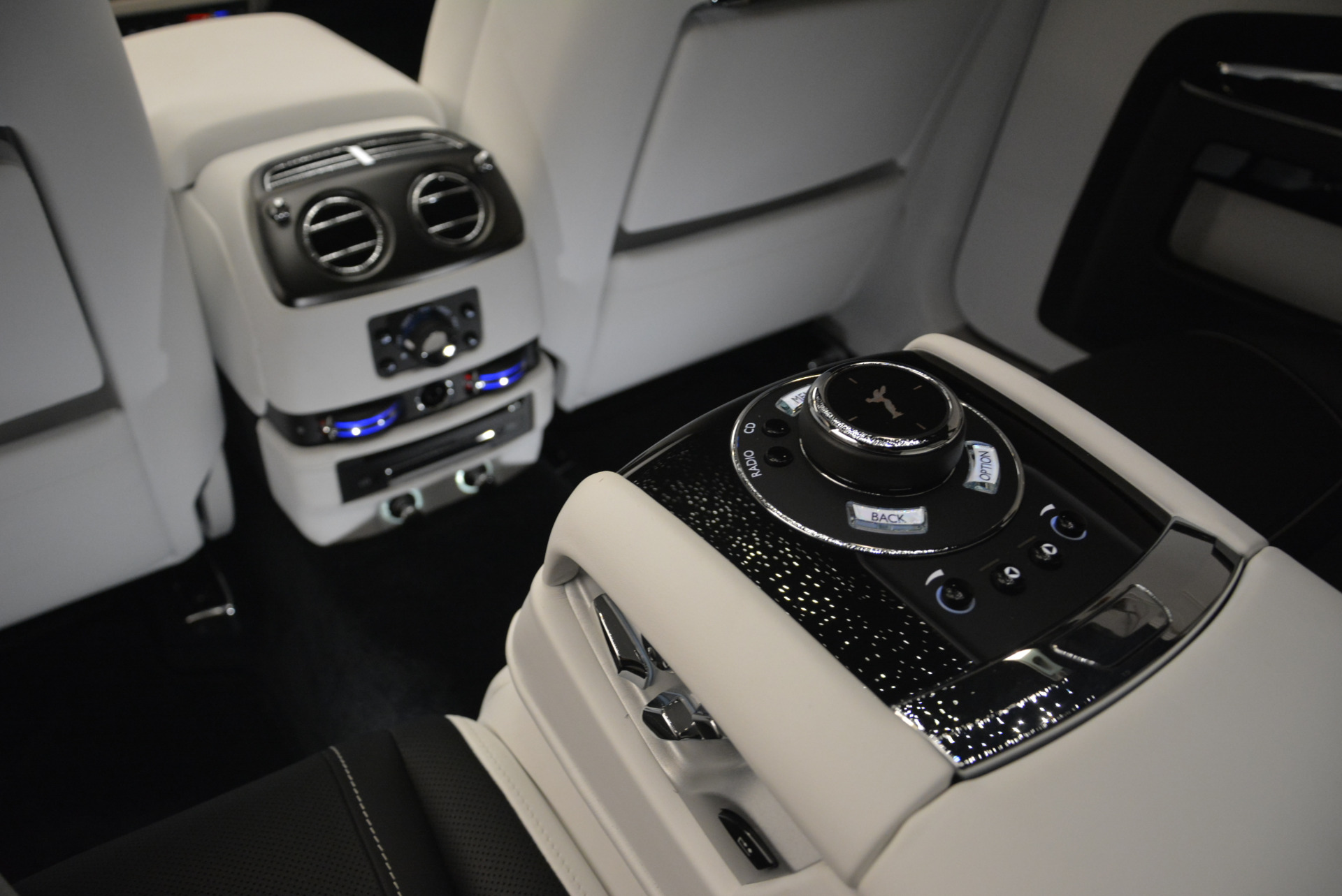 Used 2017 Rolls-Royce Ghost Black Badge For Sale In Greenwich, CT 2093_p25
