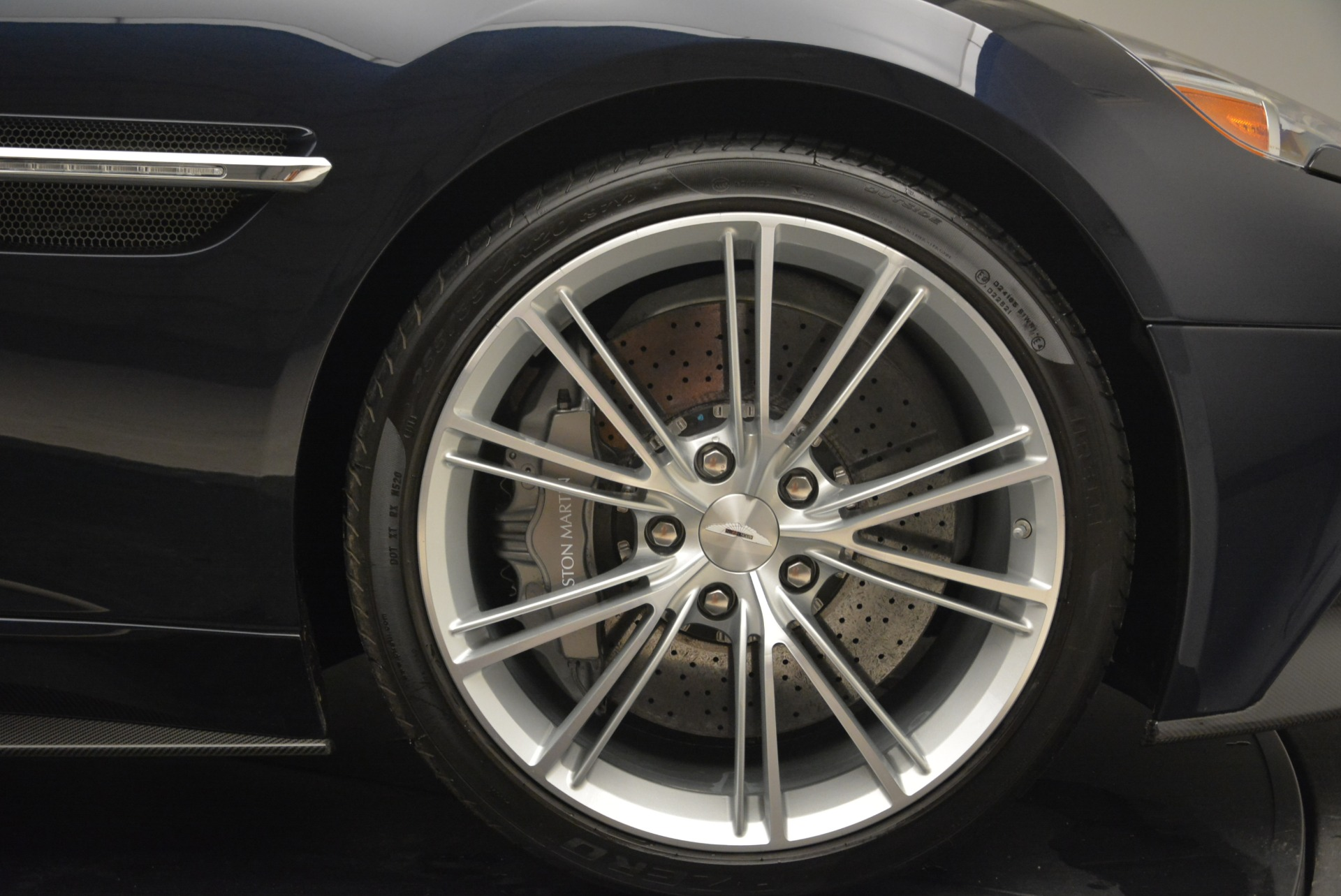 Used 2014 Aston Martin Vanquish Volante For Sale In Greenwich, CT 2097_p28