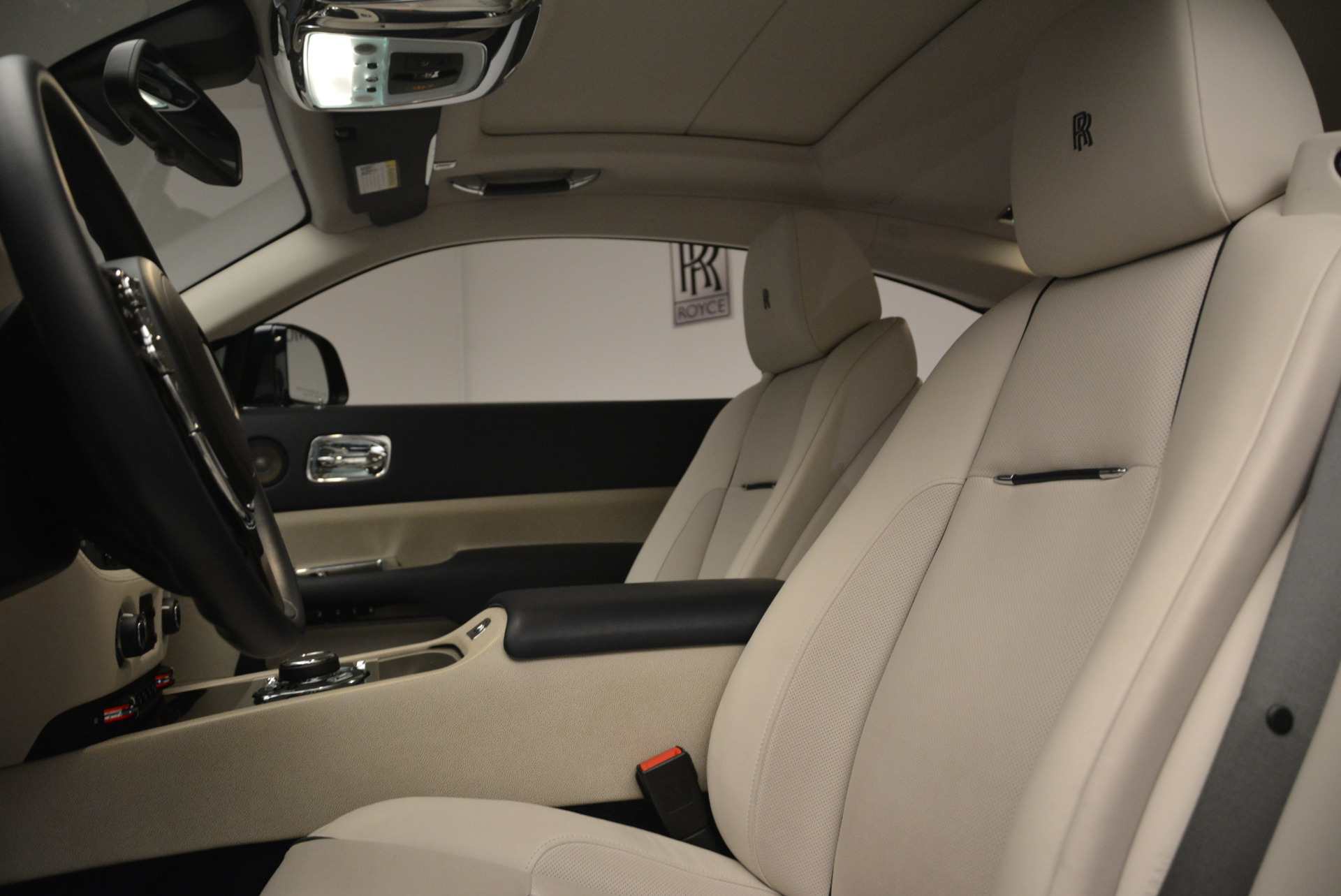 Used 2015 Rolls-Royce Wraith  For Sale In Greenwich, CT 2099_p17