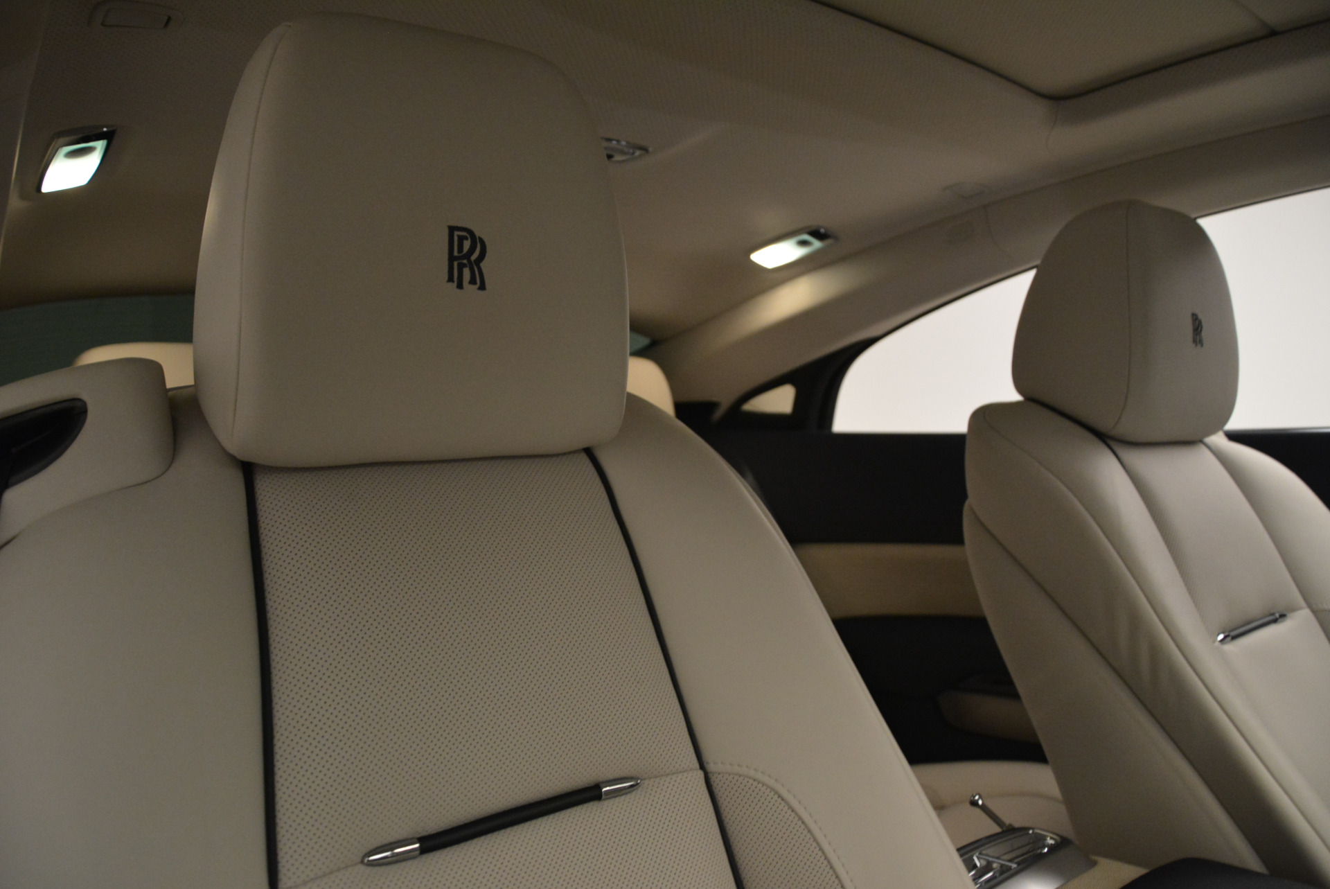 Used 2015 Rolls-Royce Wraith  For Sale In Greenwich, CT 2099_p23