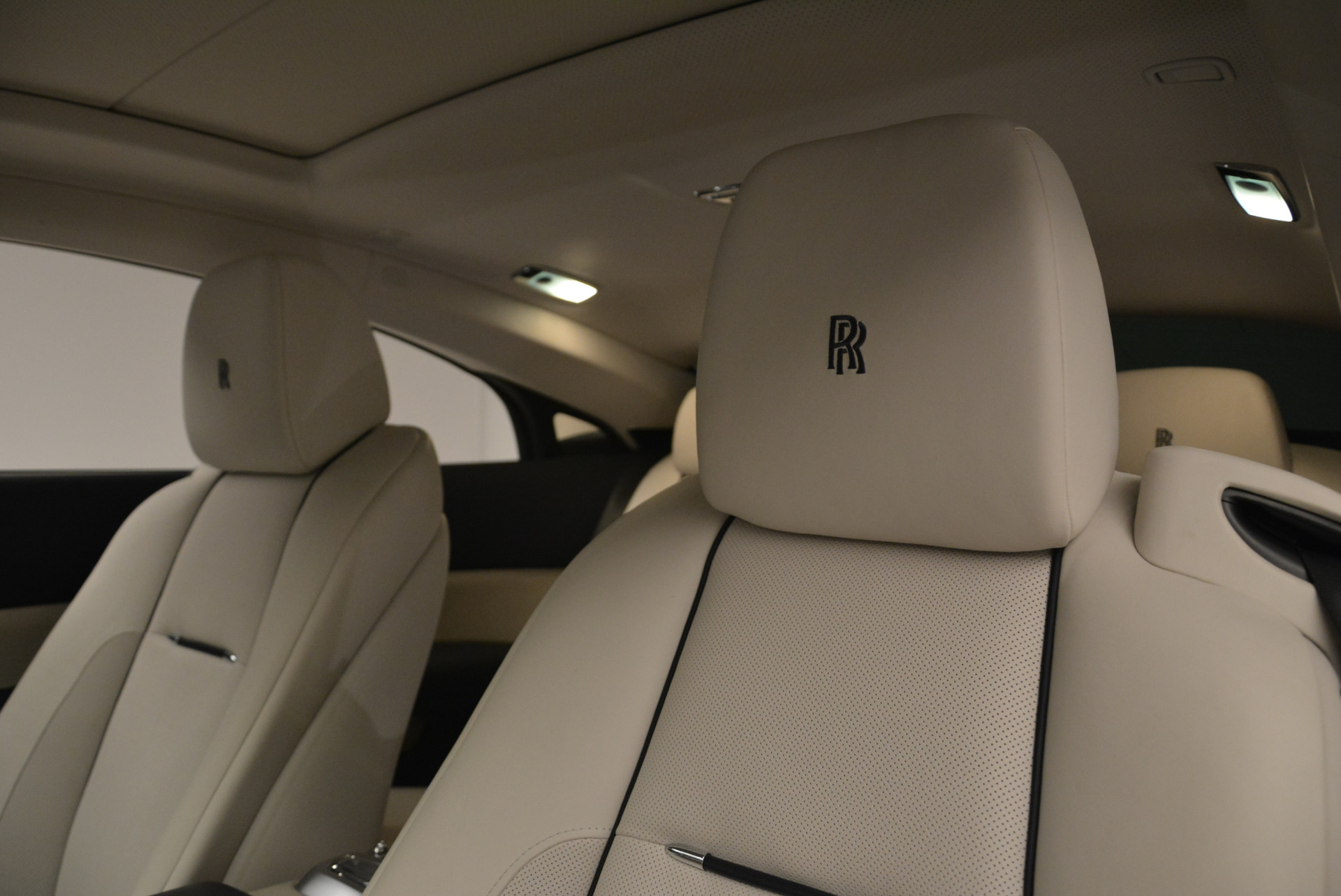 Used 2015 Rolls-Royce Wraith  For Sale In Greenwich, CT 2099_p28