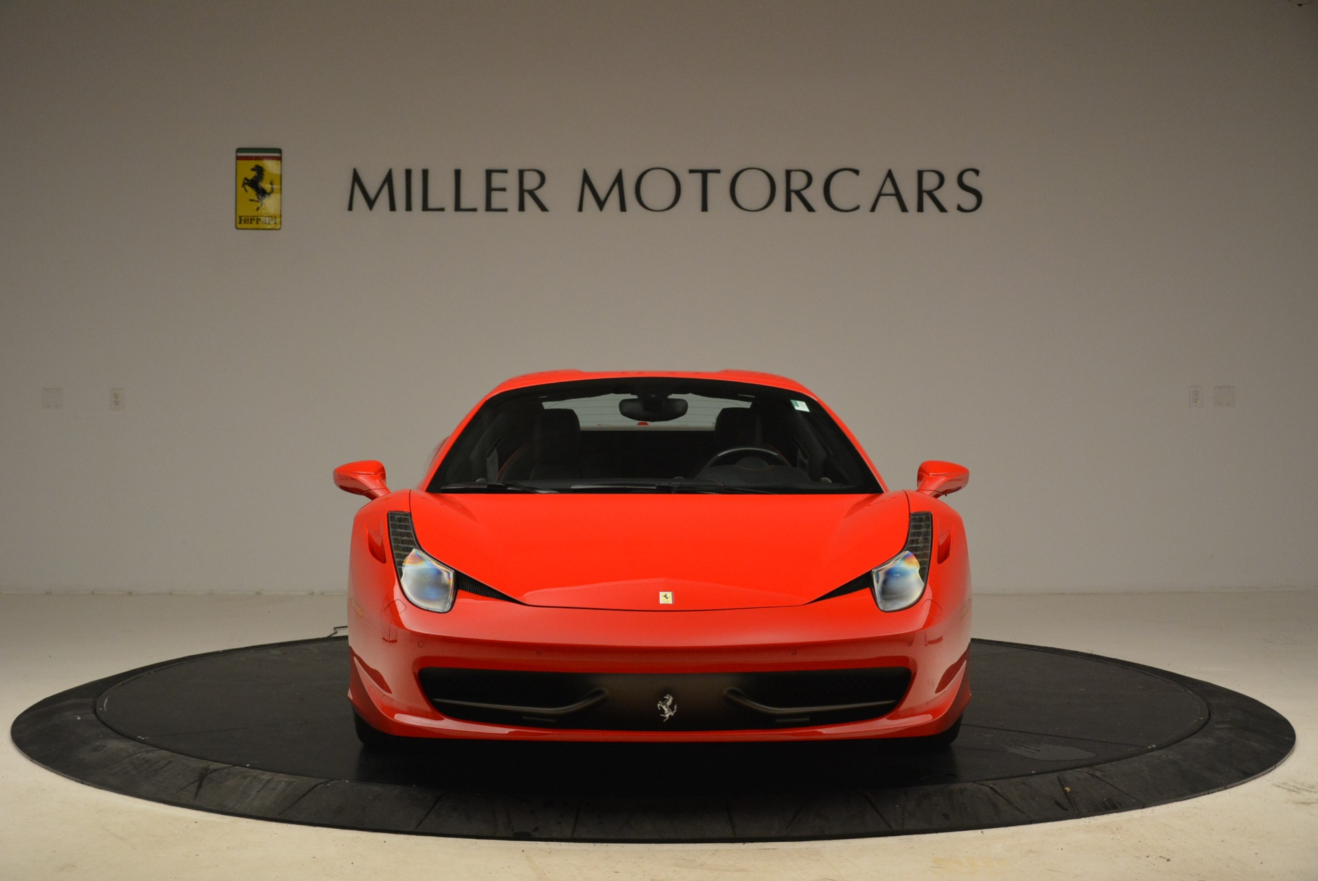 Used 2014 Ferrari 458 Spider  For Sale In Greenwich, CT 2100_p24