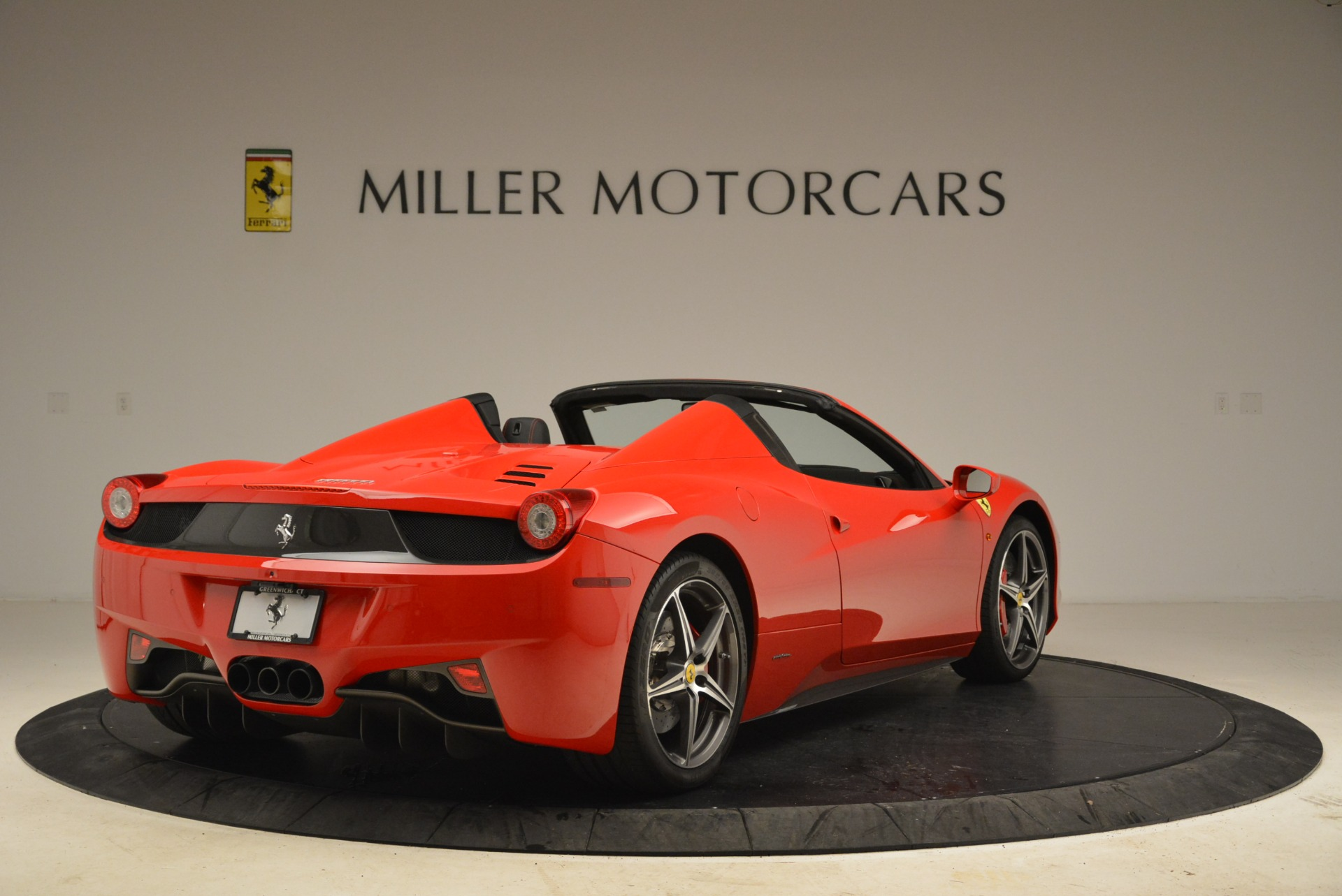 Used 2014 Ferrari 458 Spider  For Sale In Greenwich, CT 2100_p7