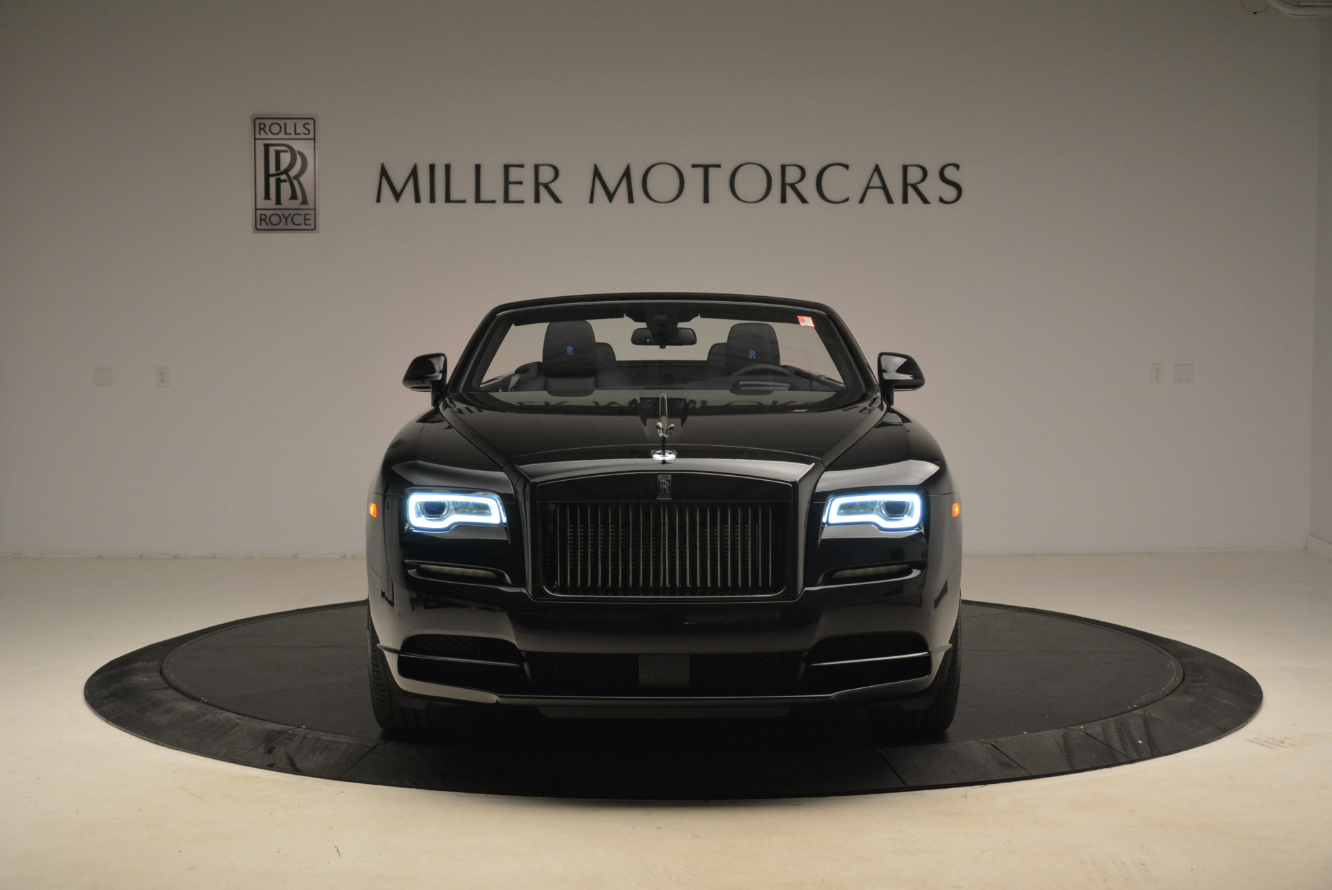 New 2018 Rolls-Royce Dawn Black Badge For Sale In Greenwich, CT 2102_p11