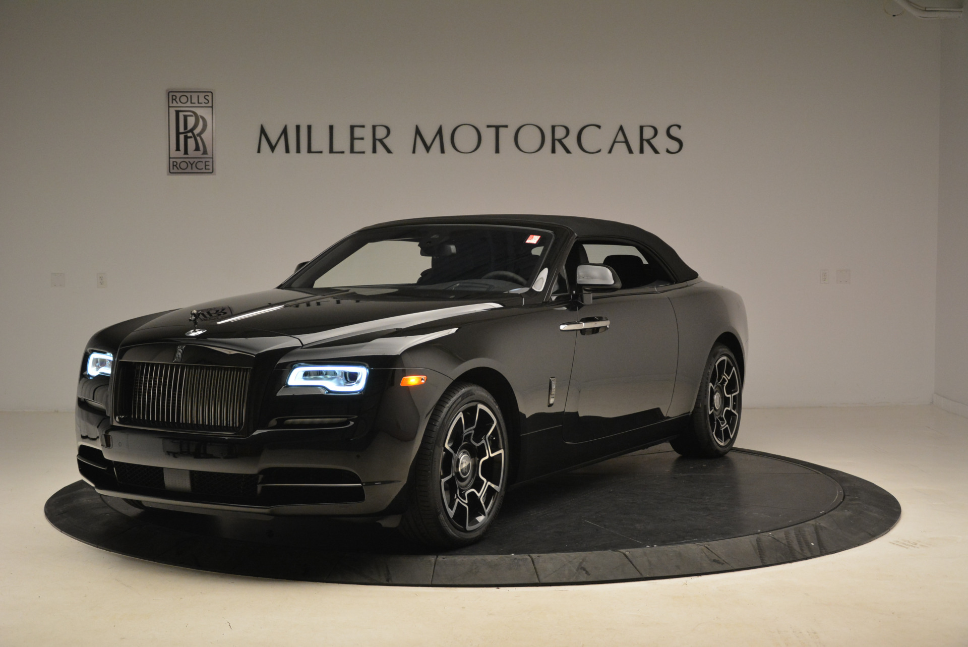 New 2018 Rolls-Royce Dawn Black Badge For Sale In Greenwich, CT 2102_p12