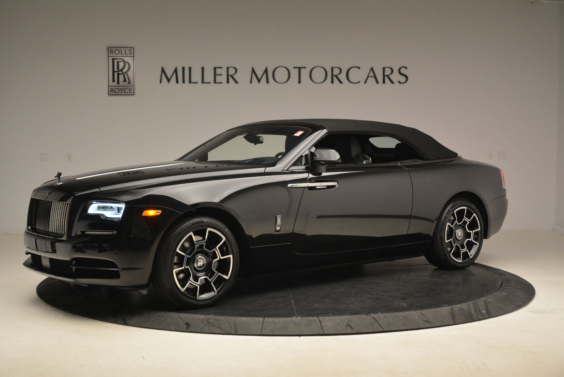 New 2018 Rolls-Royce Dawn Black Badge For Sale In Greenwich, CT 2102_p13
