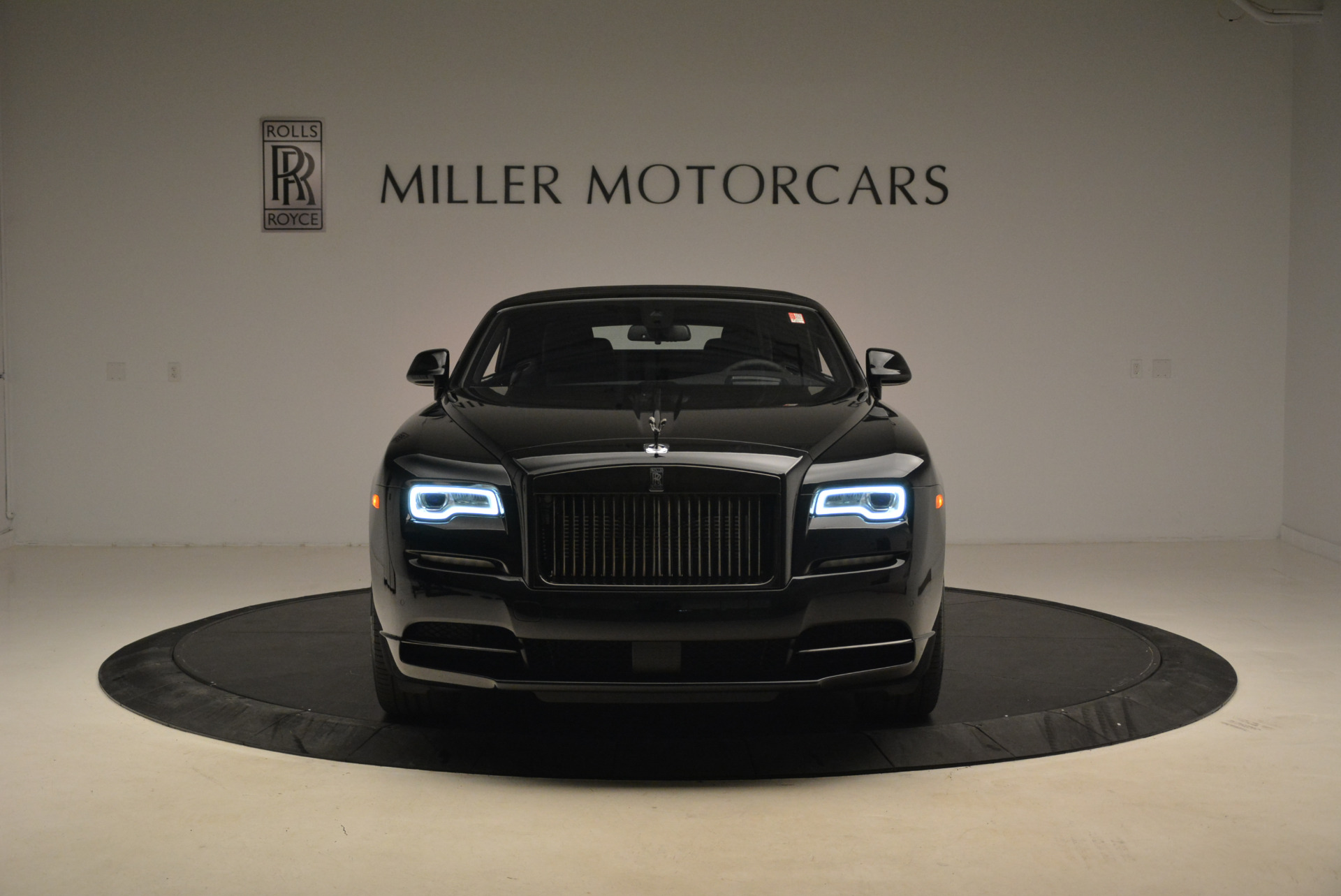 New 2018 Rolls-Royce Dawn Black Badge For Sale In Greenwich, CT 2102_p23
