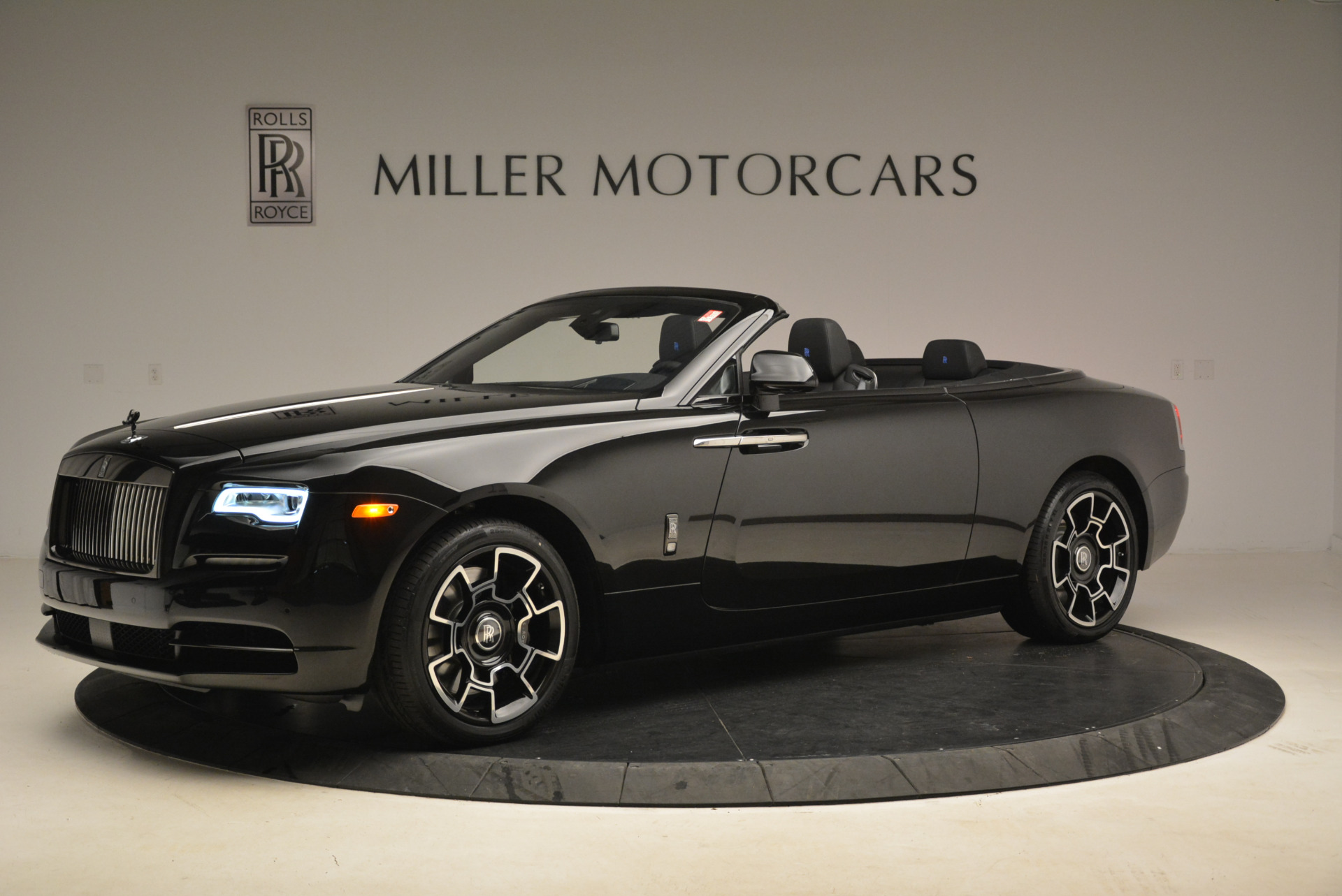 New 2018 Rolls-Royce Dawn Black Badge For Sale In Greenwich, CT 2102_p2