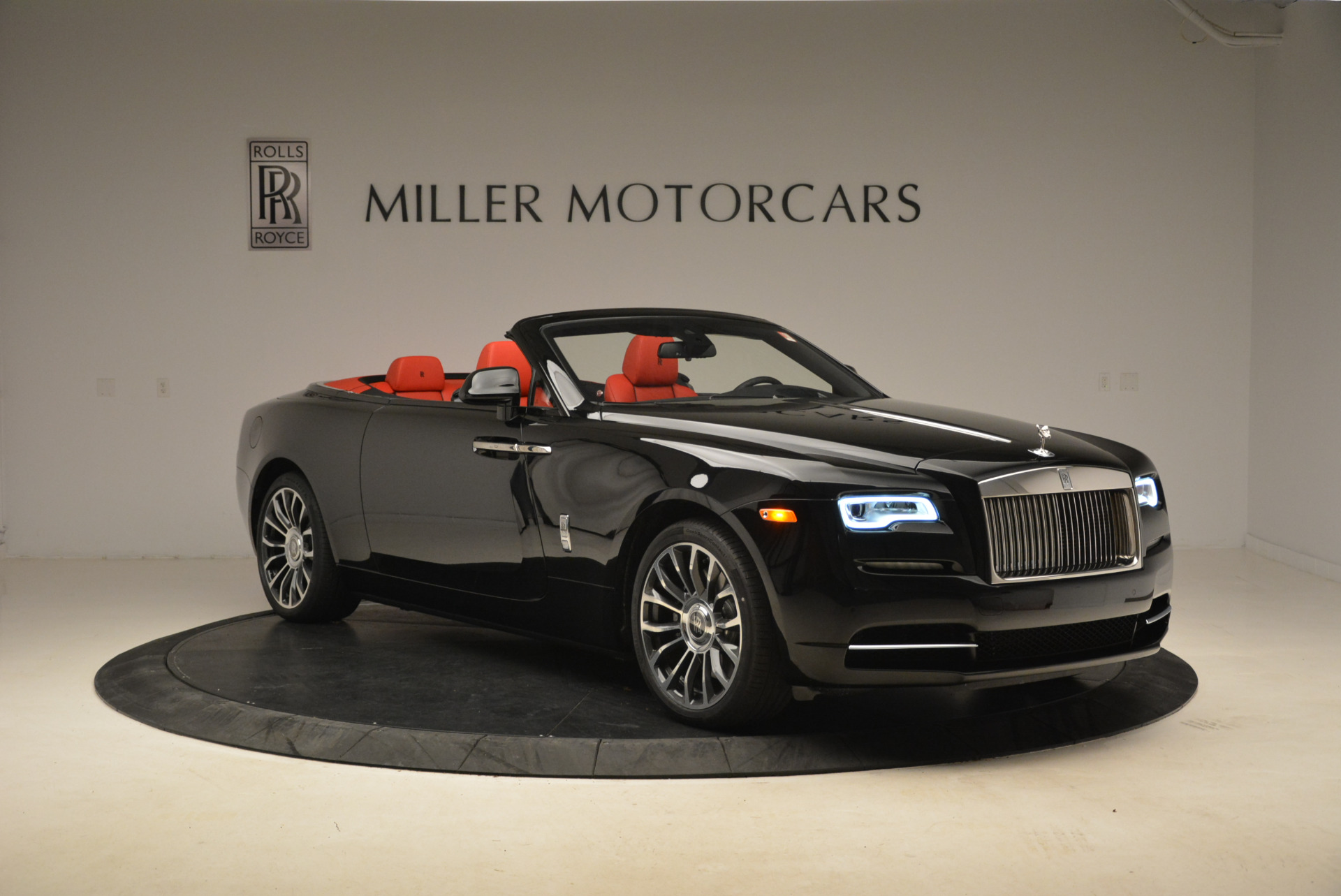 New 2018 Rolls-Royce Dawn  For Sale In Greenwich, CT 2103_p8