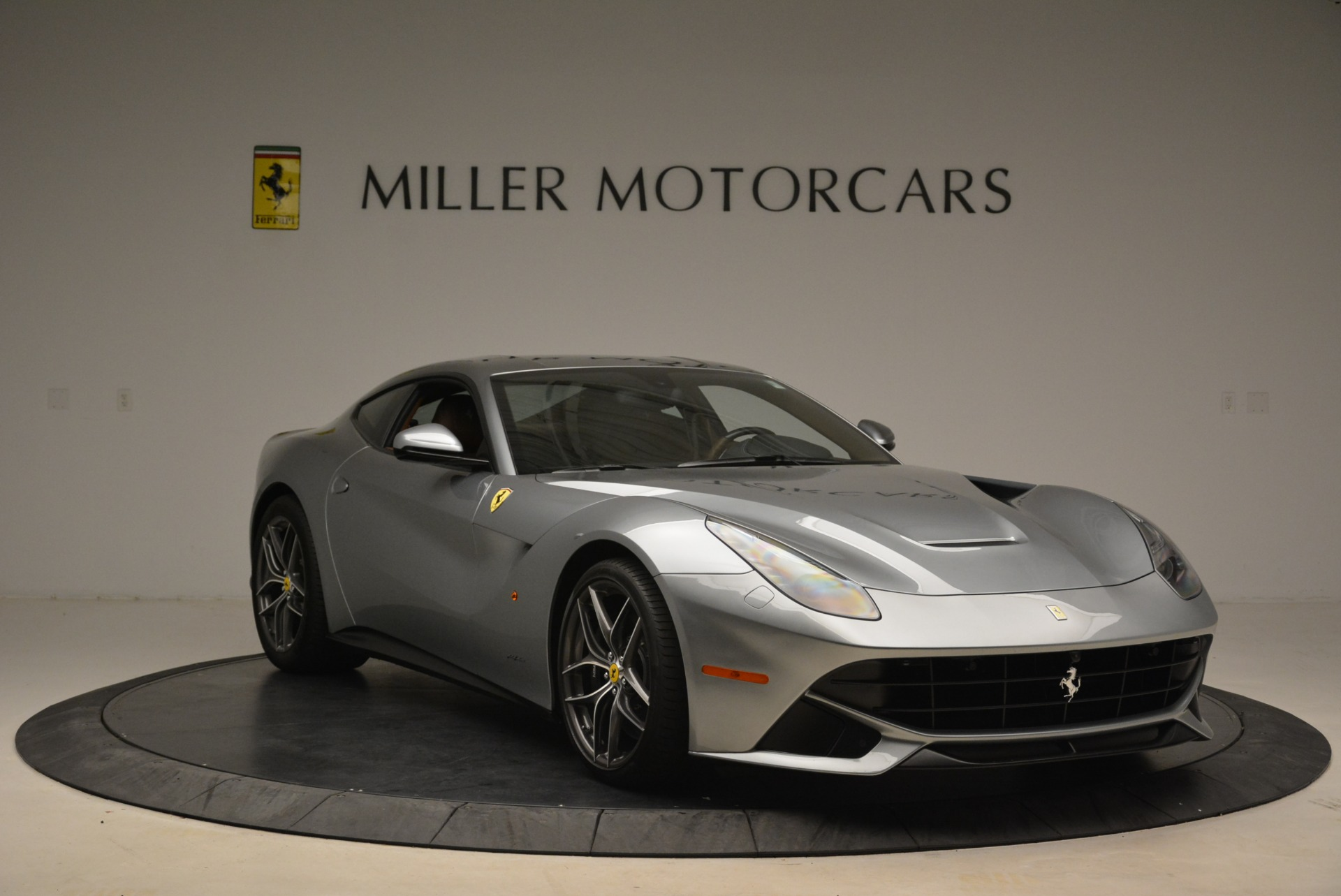 Used 2017 Ferrari F12 Berlinetta  For Sale In Greenwich, CT 2111_p11