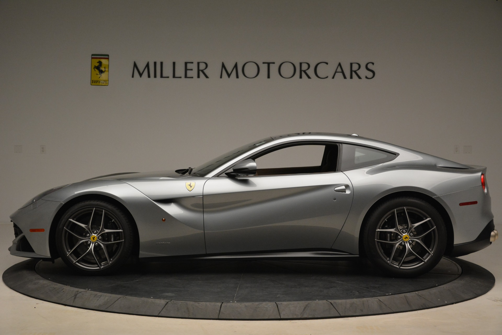 Used 2017 Ferrari F12 Berlinetta  For Sale In Greenwich, CT 2111_p3