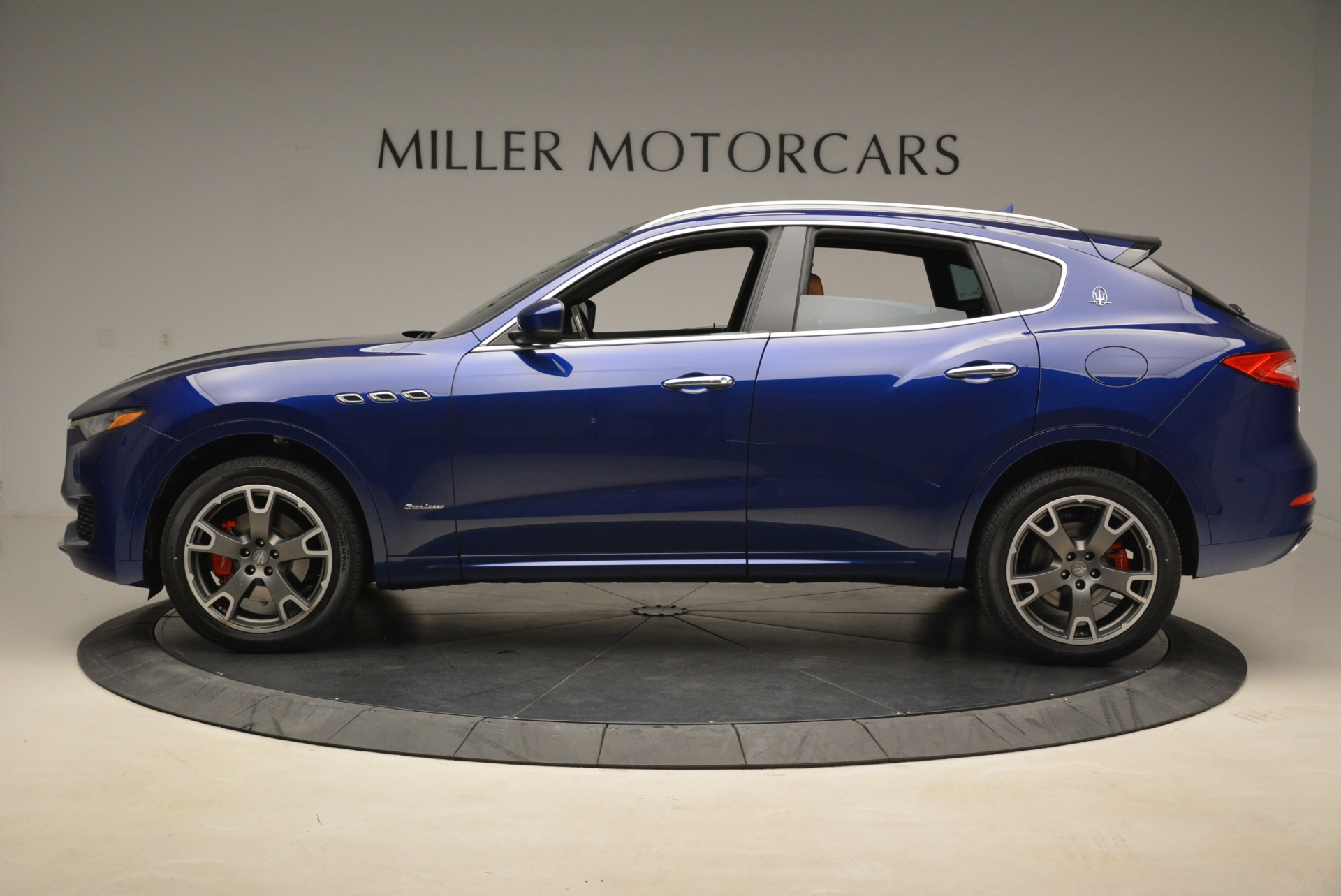 New 2018 Maserati Levante Q4 GranLusso For Sale In Greenwich, CT 2117_p2