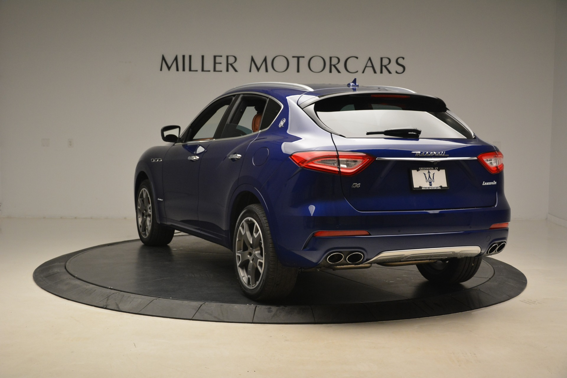 New 2018 Maserati Levante Q4 GranLusso For Sale In Greenwich, CT 2117_p4