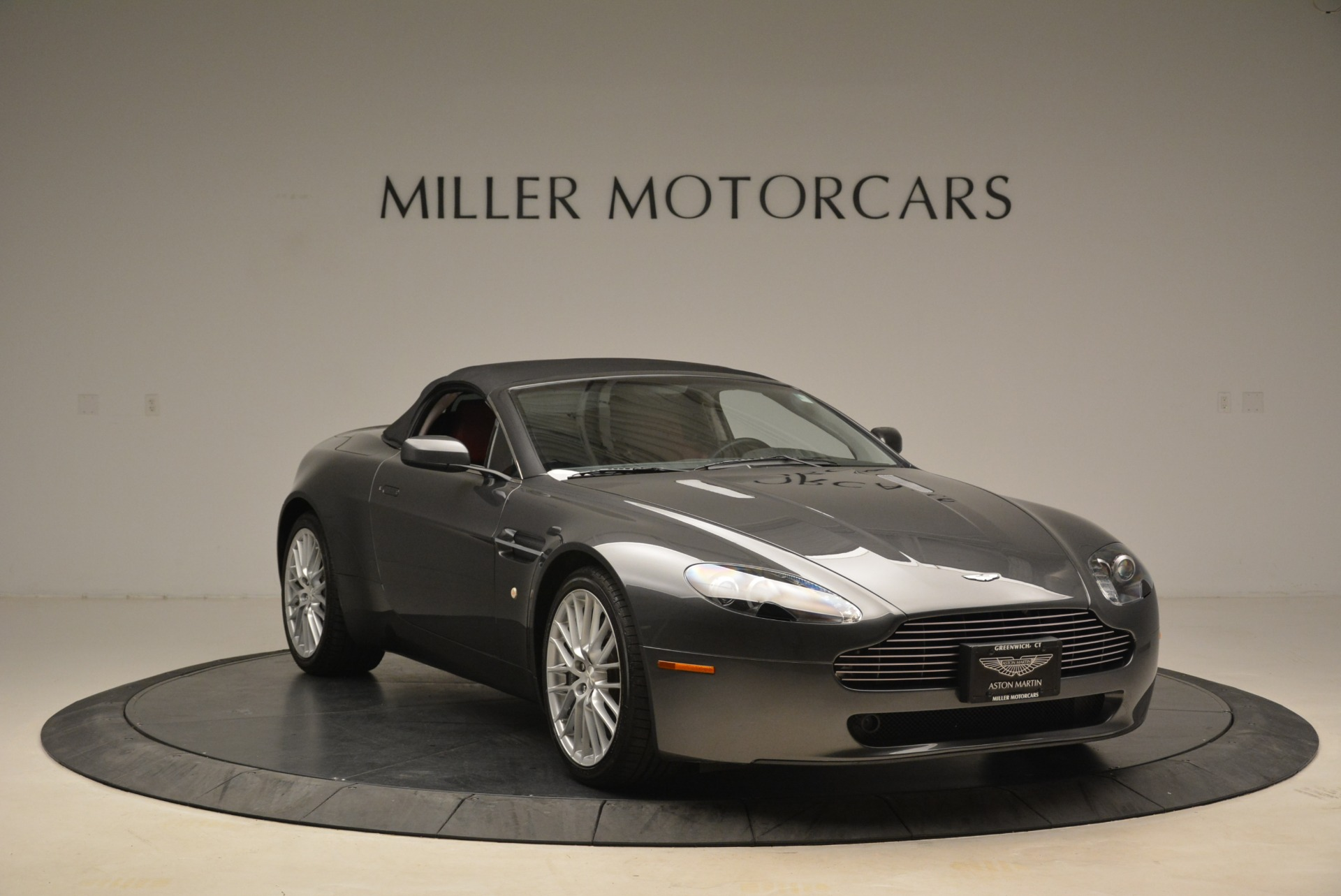 Used 2009 Aston Martin V8 Vantage Roadster For Sale In Greenwich, CT 2123_p23