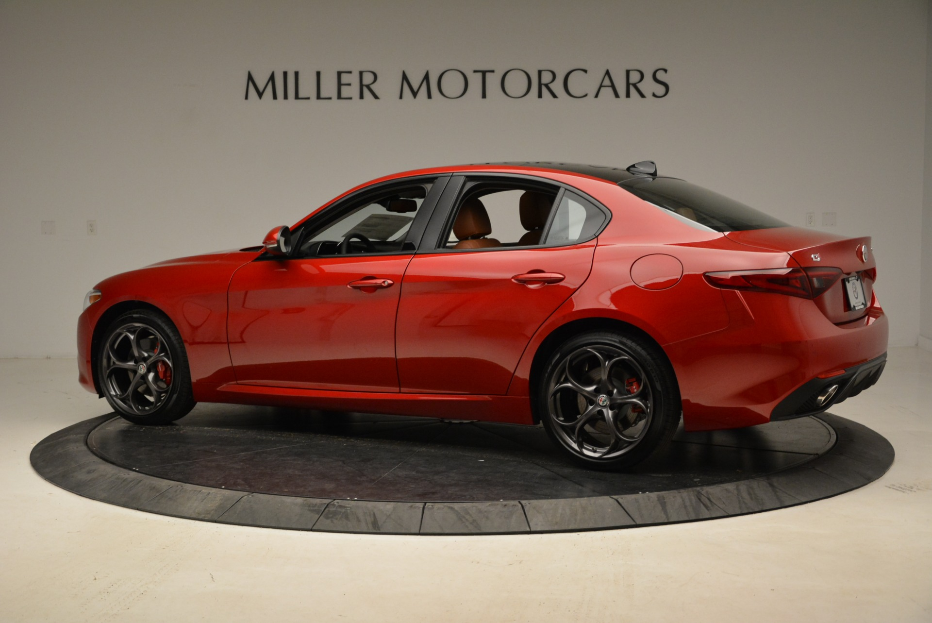 New 2018 Alfa Romeo Giulia Ti Sport Q4 For Sale In Greenwich, CT 2126_p4