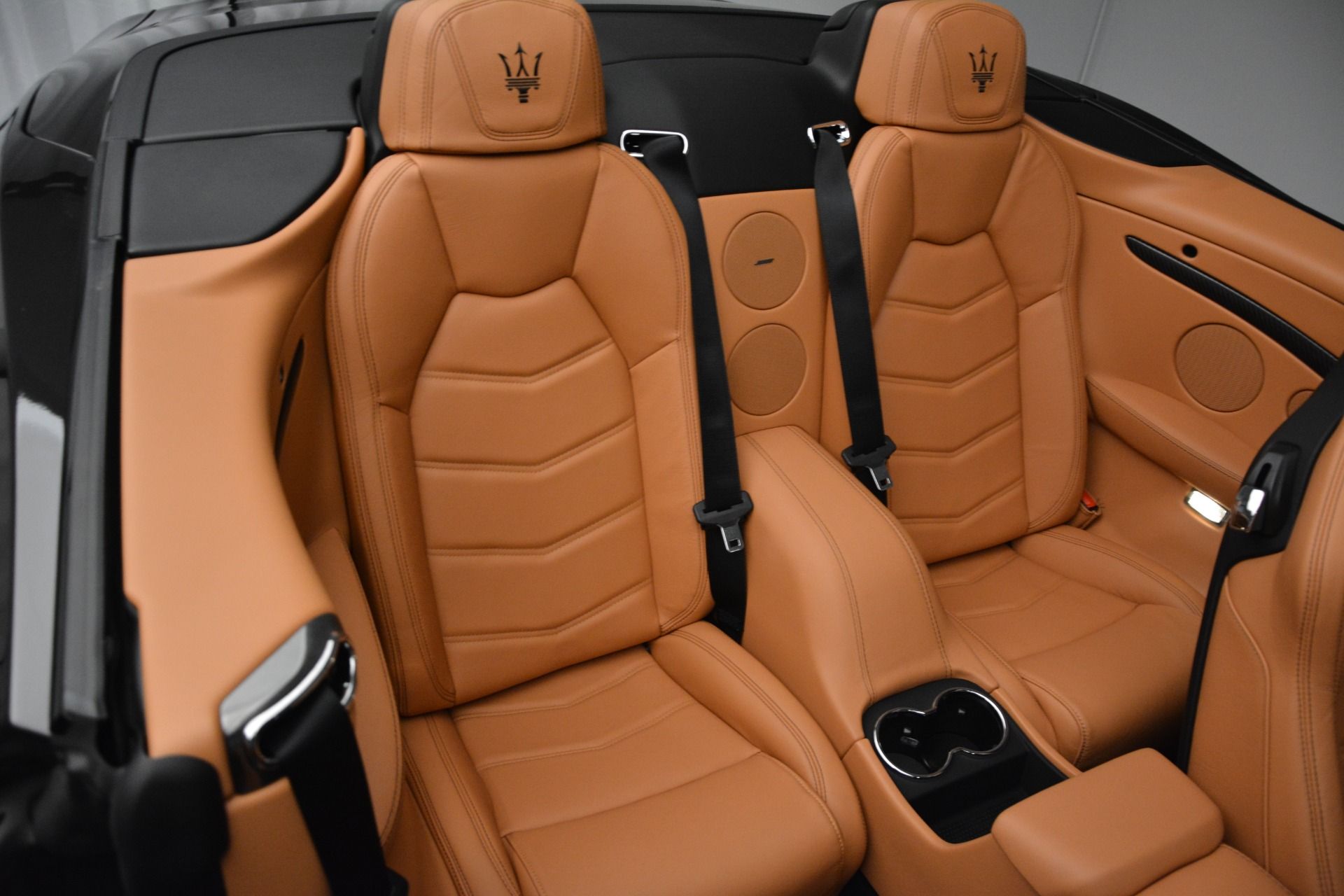 Used 2015 Maserati GranTurismo Sport Convertible For Sale In Greenwich, CT 2129_p25