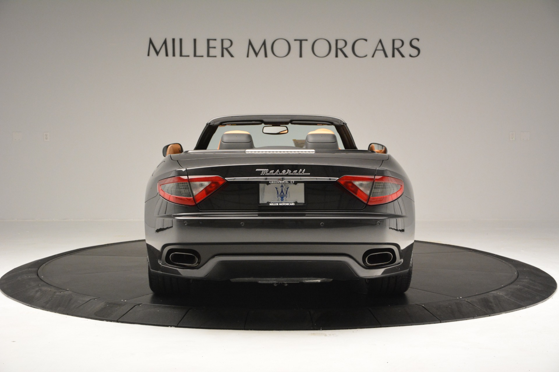 Used 2015 Maserati GranTurismo Sport Convertible For Sale In Greenwich, CT 2129_p7