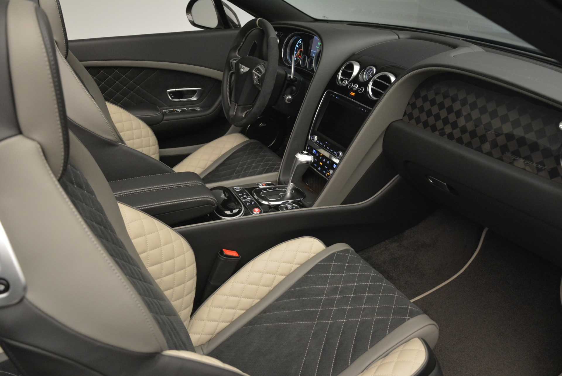 Used 2018 Bentley Continental GT Supersports Convertible For Sale In Greenwich, CT 2134_p27