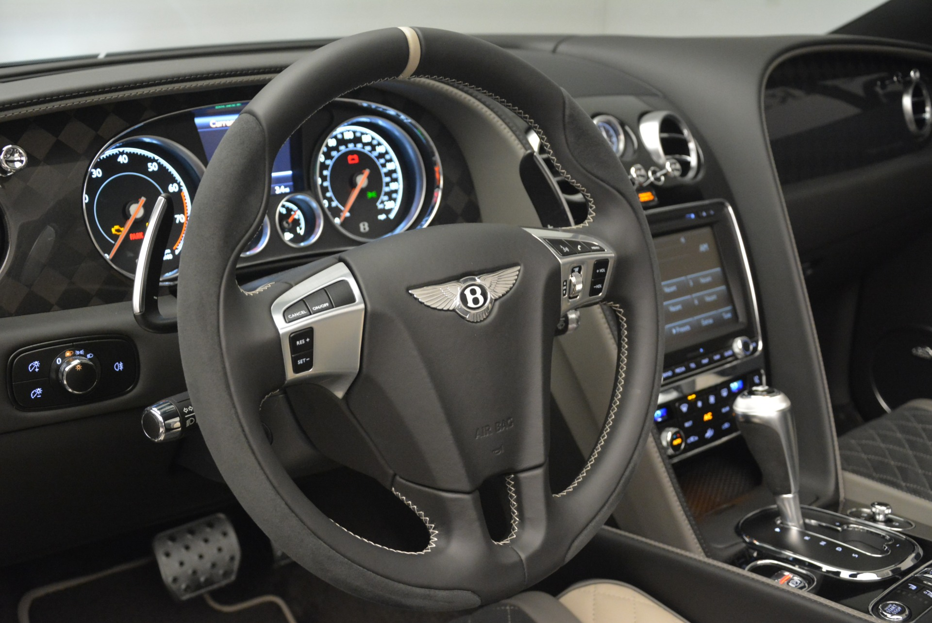 Used 2018 Bentley Continental GT Supersports Convertible For Sale In Greenwich, CT 2134_p31
