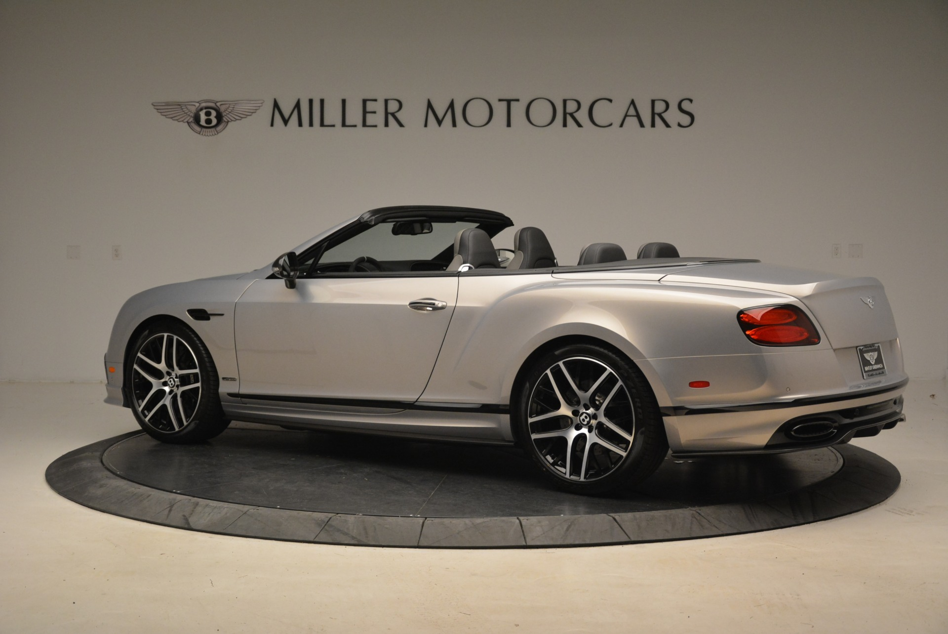 Used 2018 Bentley Continental GT Supersports Convertible For Sale In Greenwich, CT 2134_p4