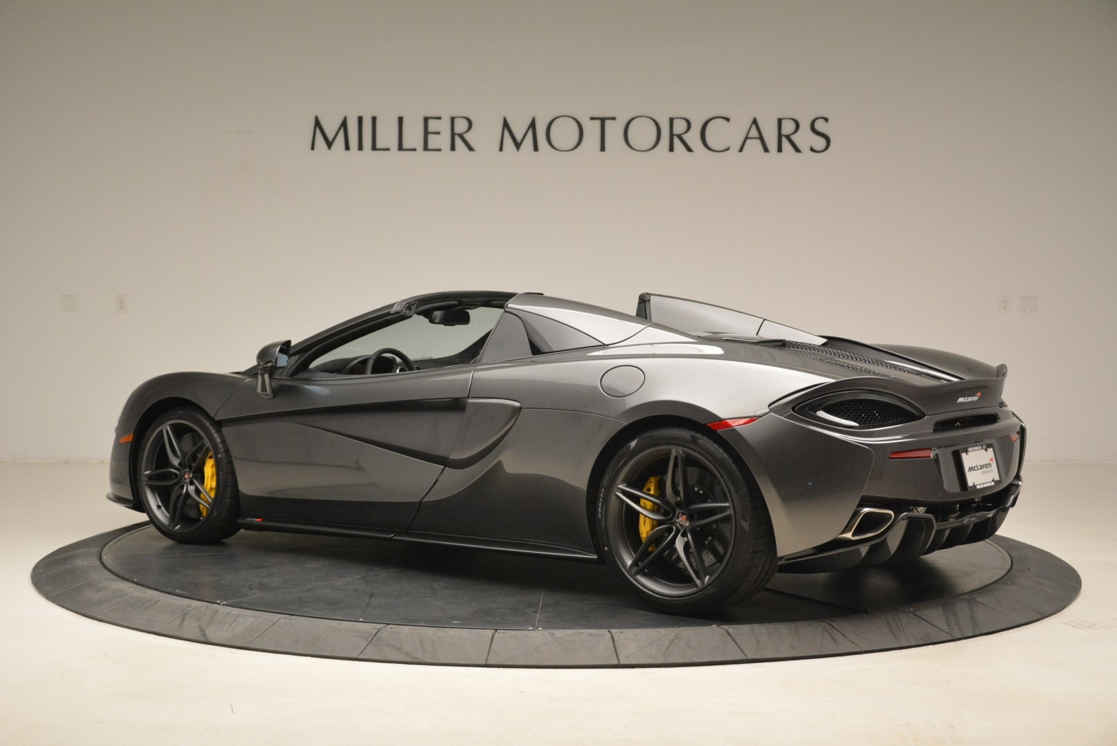 New 2018 McLaren 570S Spider For Sale In Greenwich, CT 2137_p4
