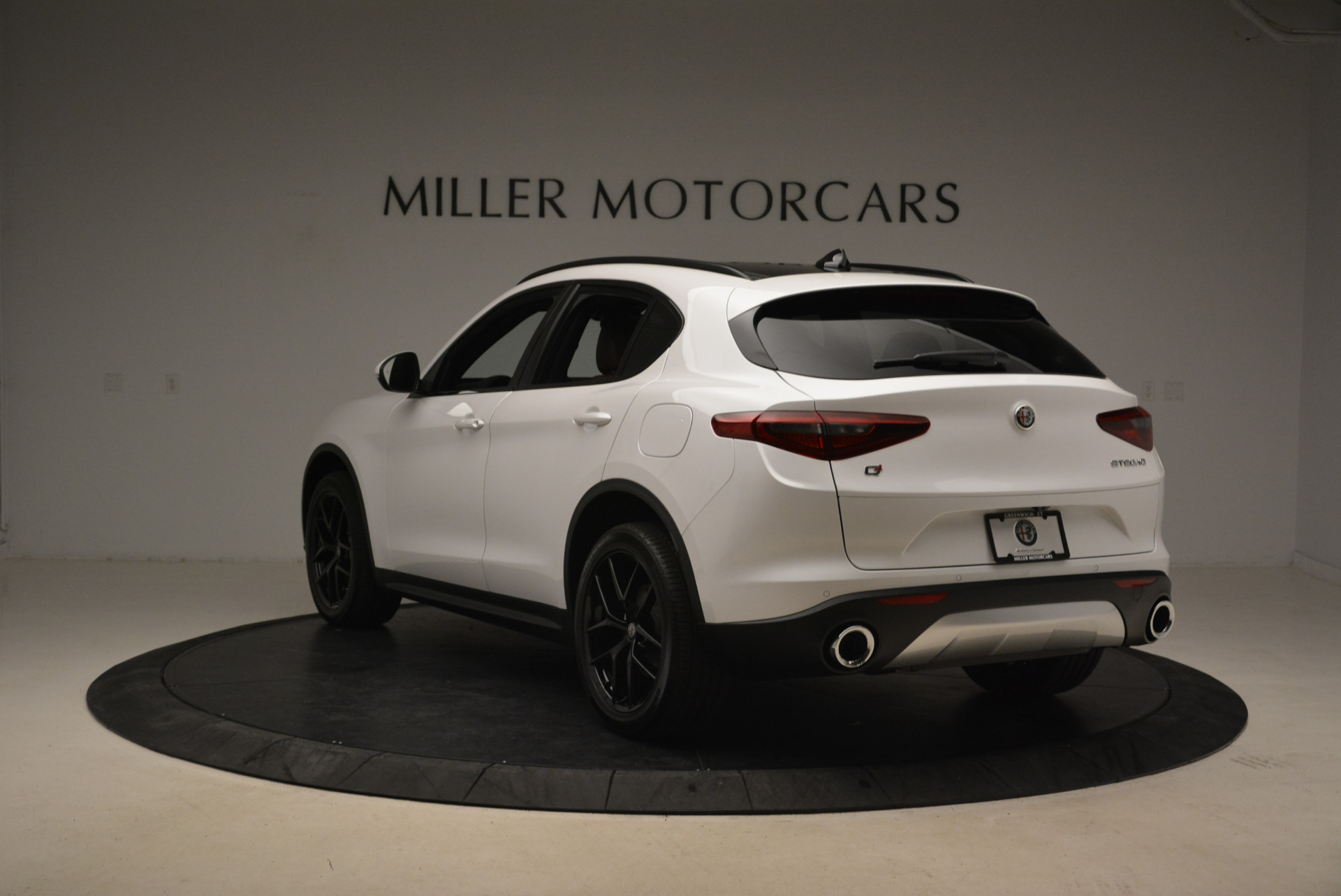 New 2018 Alfa Romeo Stelvio Ti Sport Q4 For Sale In Greenwich, CT 2138_p5