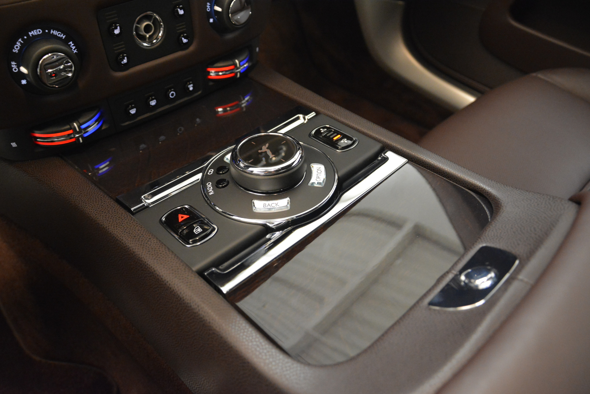 Used 2016 Rolls-Royce Wraith  For Sale In Greenwich, CT 214_p20