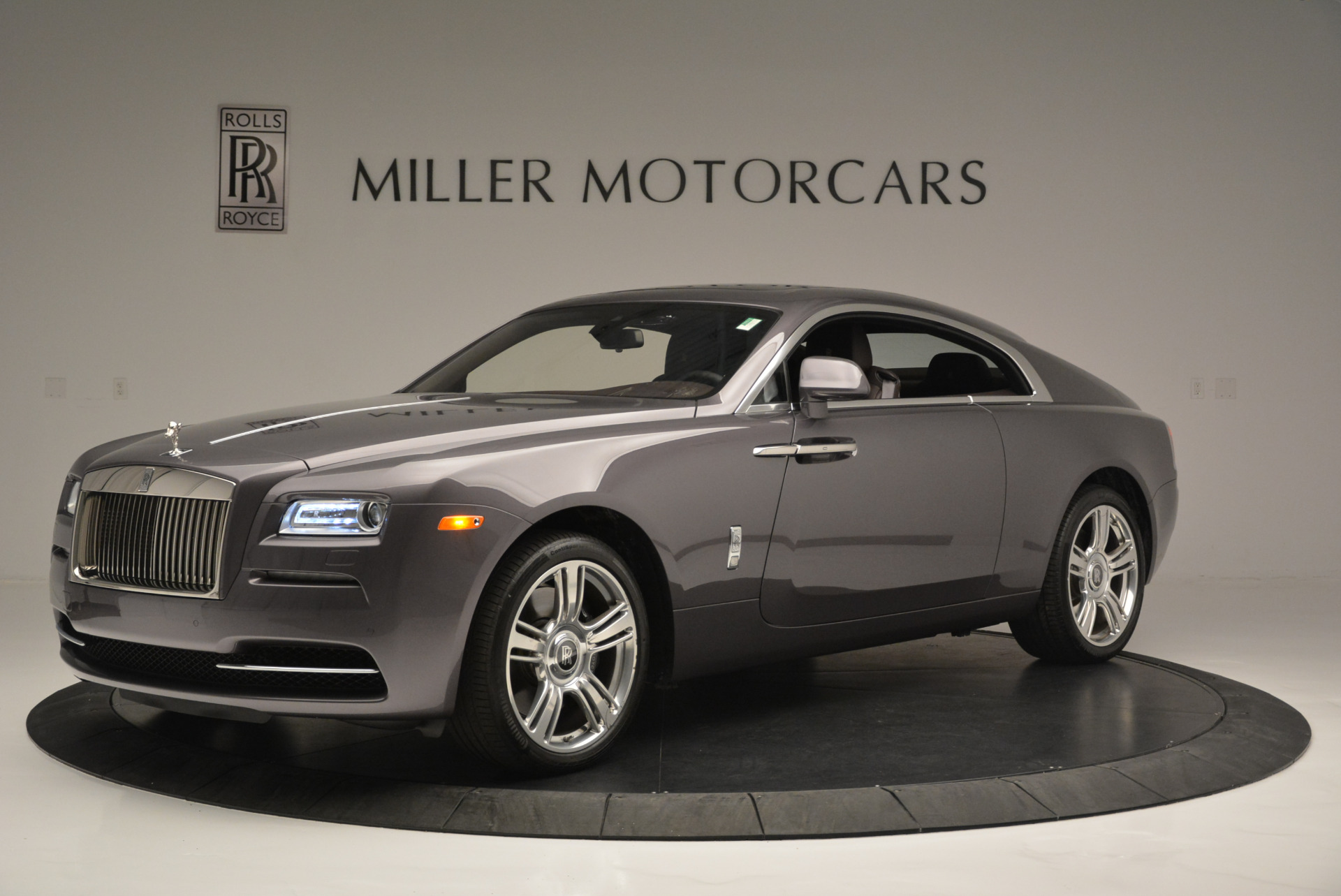Used 2016 Rolls-Royce Wraith  For Sale In Greenwich, CT 214_p2