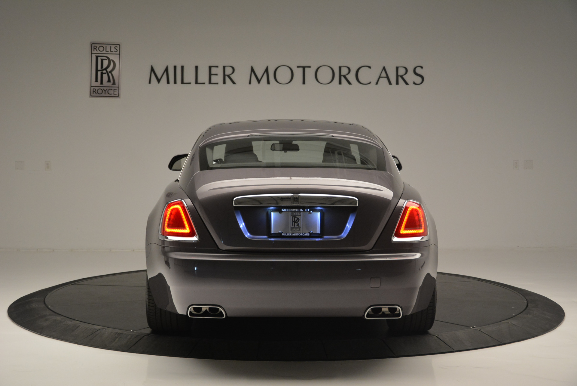 Used 2016 Rolls-Royce Wraith  For Sale In Greenwich, CT 214_p6