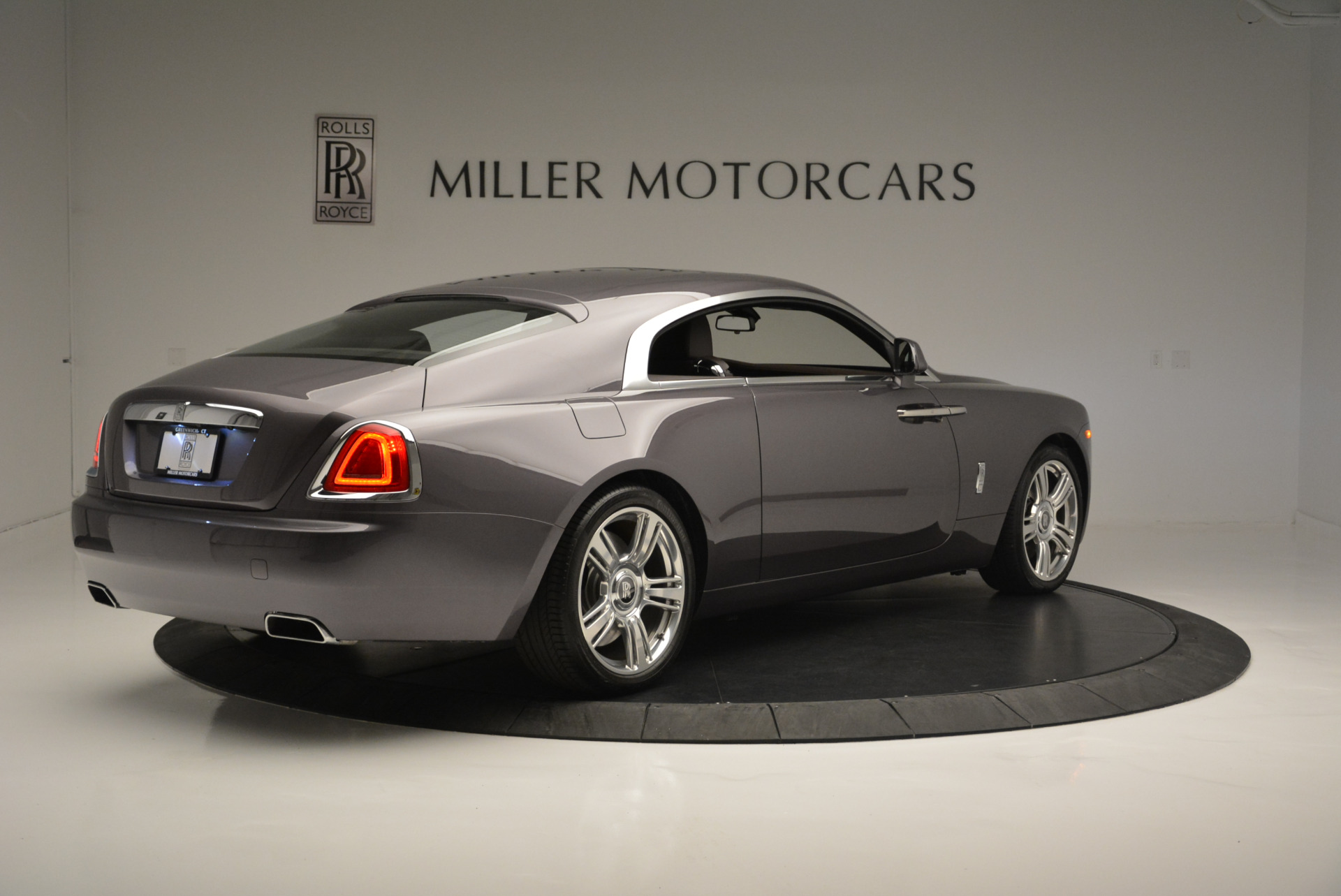 Used 2016 Rolls-Royce Wraith  For Sale In Greenwich, CT 214_p8